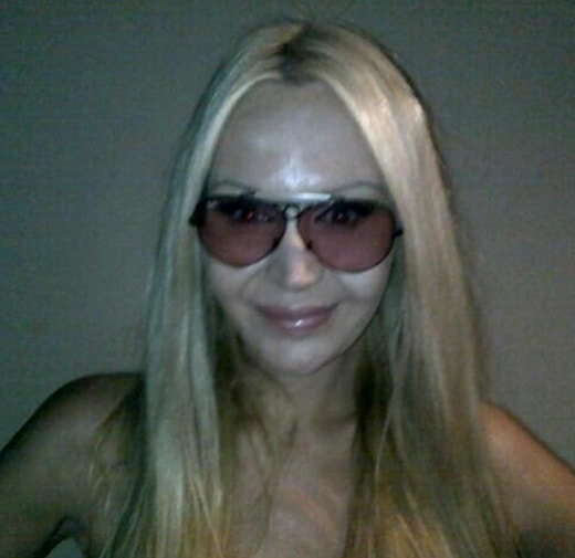 Renee from Melbourne (Australia) with Ray Ban Shooter