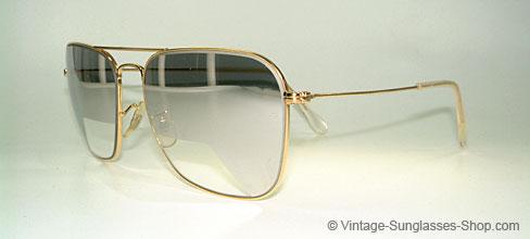 a3edbc29a2b Vintage Ray Ban Mirrored Aviators