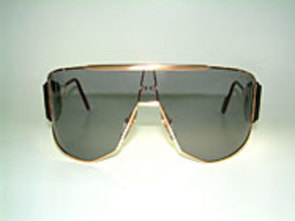 Alpina Goldwing - Kanye West - 80's Shades Details
