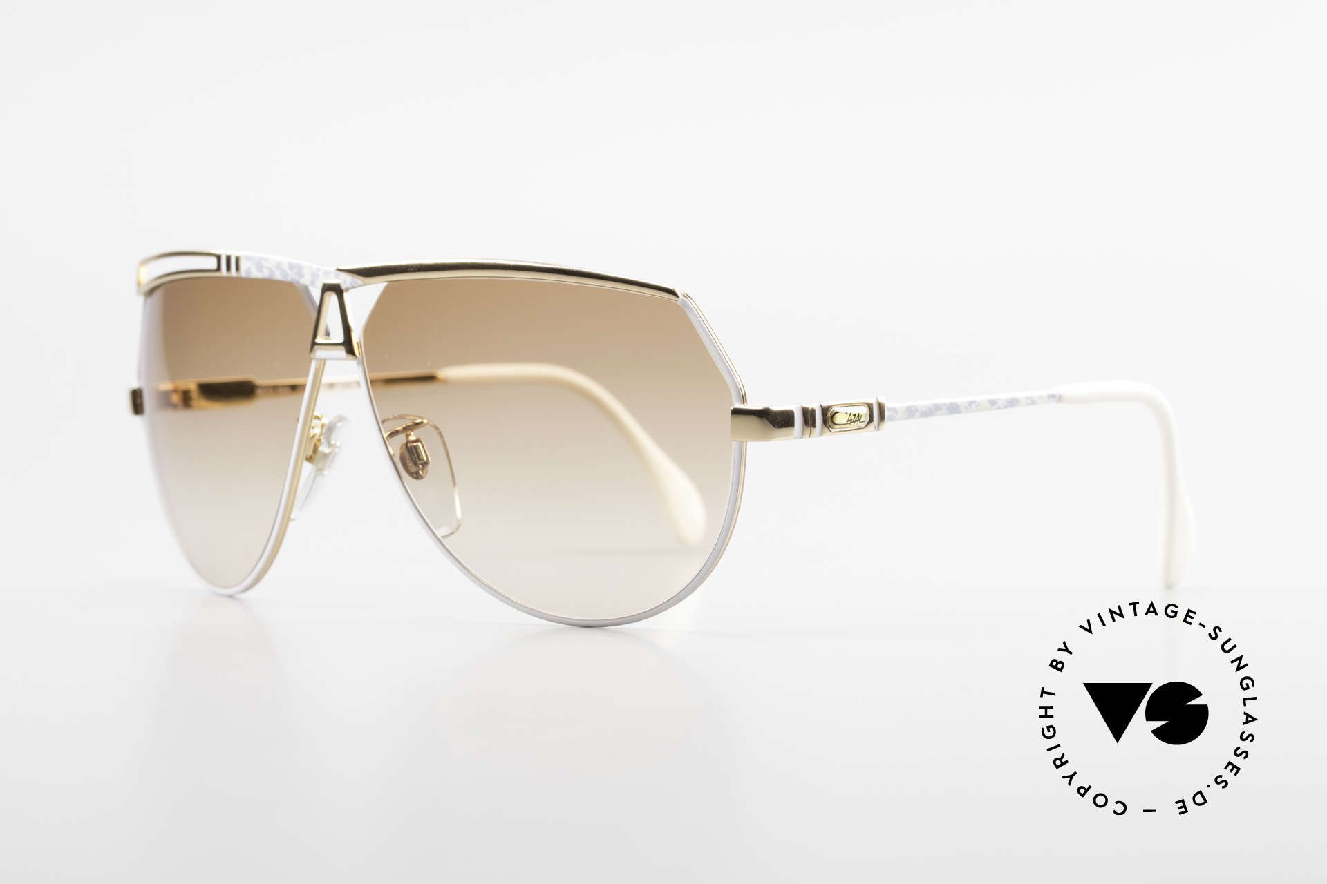 Cazal 954 Vintage XL Designer Shades, aviator design with huge lenses & great coloring, Made for Men and Women