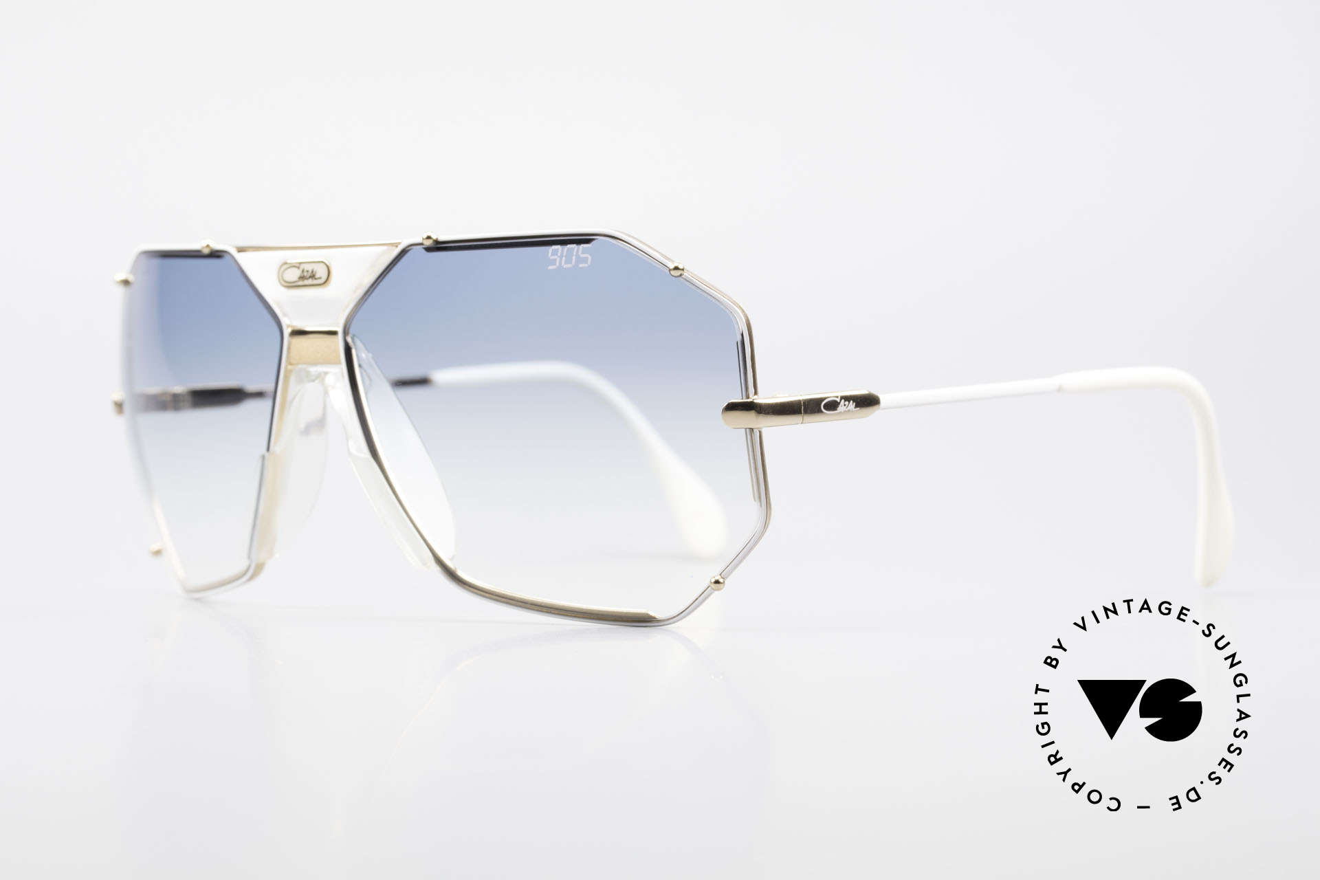 Cazal 905 Gwen Stefani Vintage Shades, comes with original Cazal case and extra lenses, Made for Men and Women
