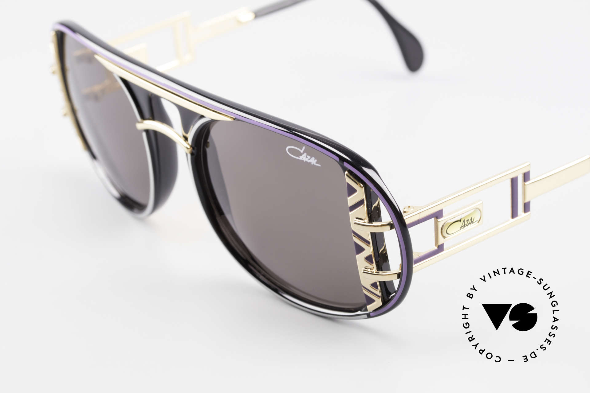 Cazal 875 Extraordinary Sunglasses 90's, a true eye-catcher (made for ladies & gentlemen), Made for Men and Women