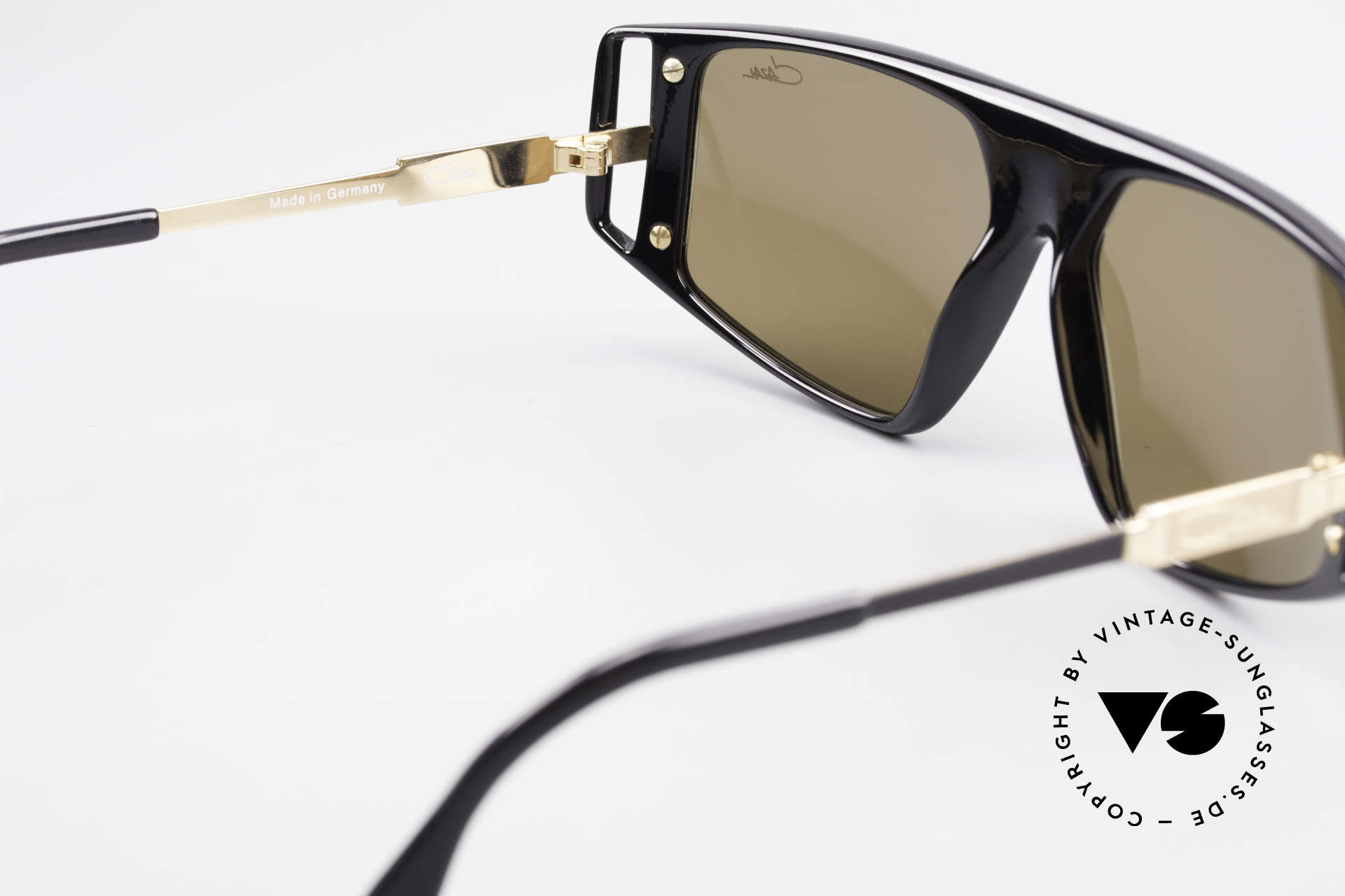 Cazal 874 Legendary 90's Sunglasses, NO RETRO fashion, but a unique 25 years old rarity!, Made for Men and Women