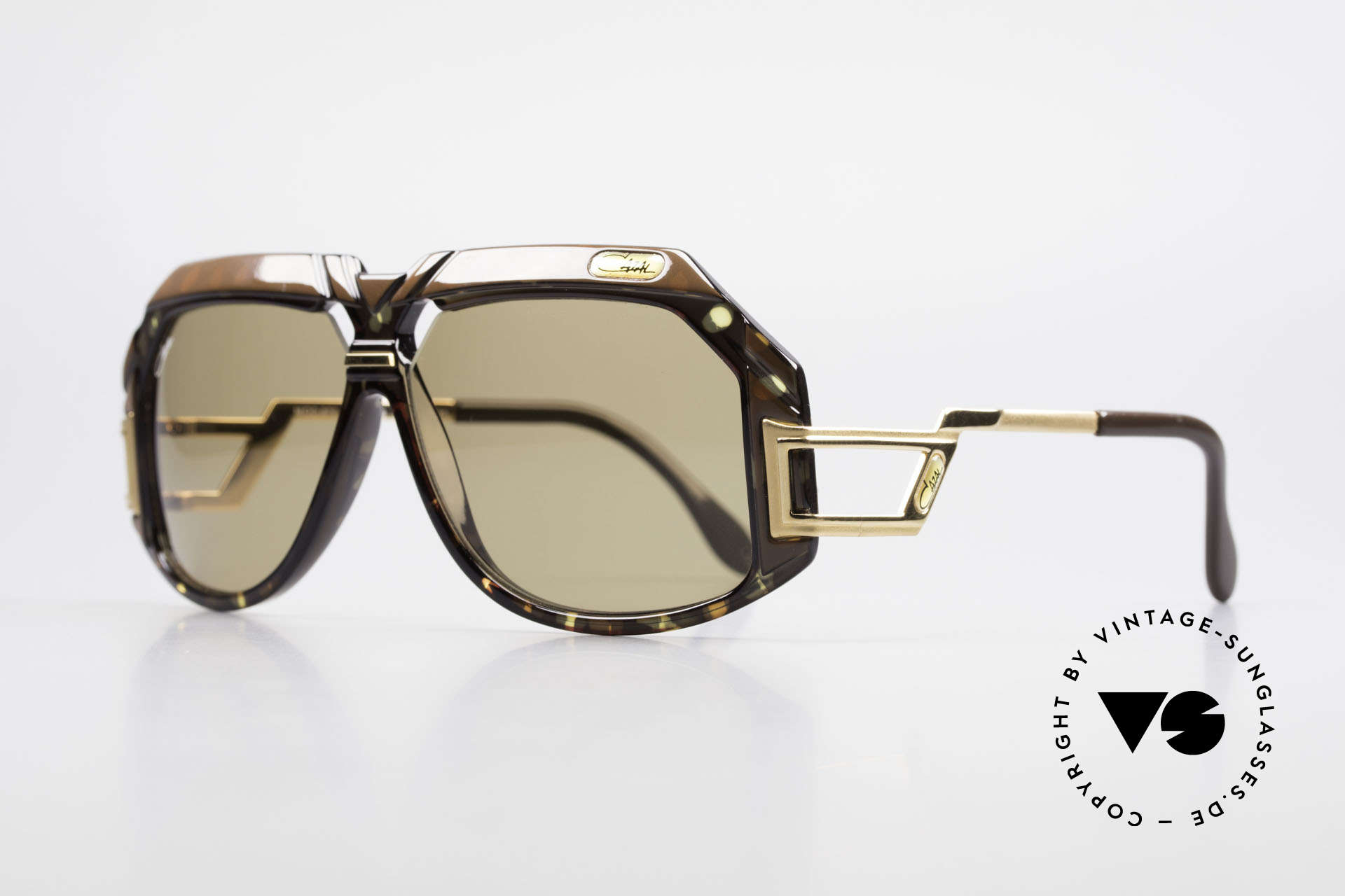 Cazal 870 Rare 80's Designer Shades, a masterpiece by the great CAri ZALloni (Mr. Cazal), Made for Men and Women