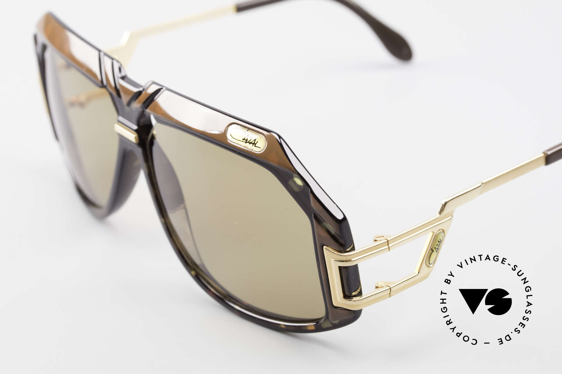 Cazal 870 Rare 80's Designer Shades, a sought-after collector's item; MADE IN W.GERMANY, Made for Men and Women
