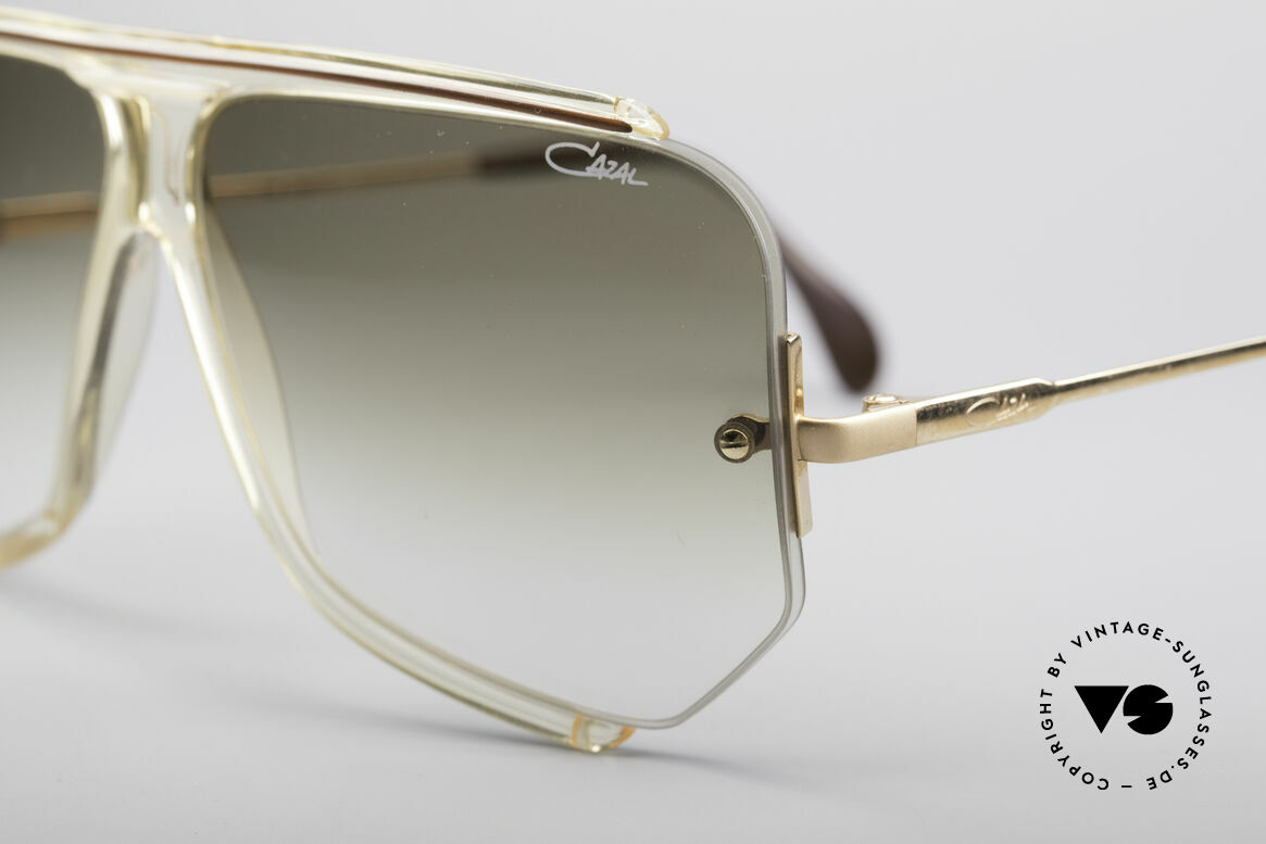 Cazal 850 Old School 80's Sunglasses, Cazals interpretation of the ordinary 'pilots-style', Made for Men
