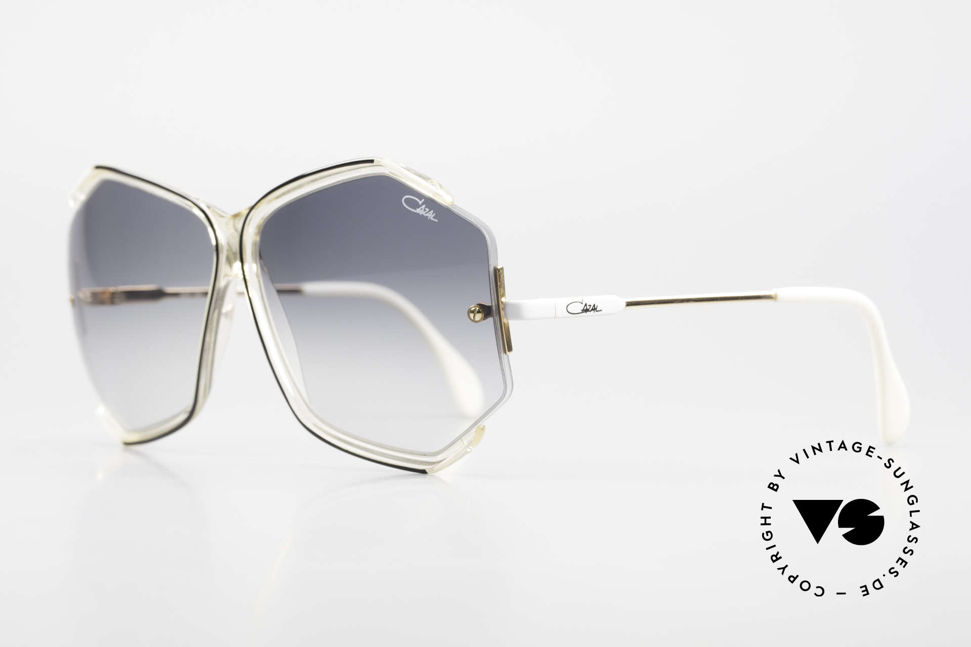 Cazal 852 Oversized 80's Shades Ladies, subtly sophisticated (a true masterpiece by CAZAL), Made for Women