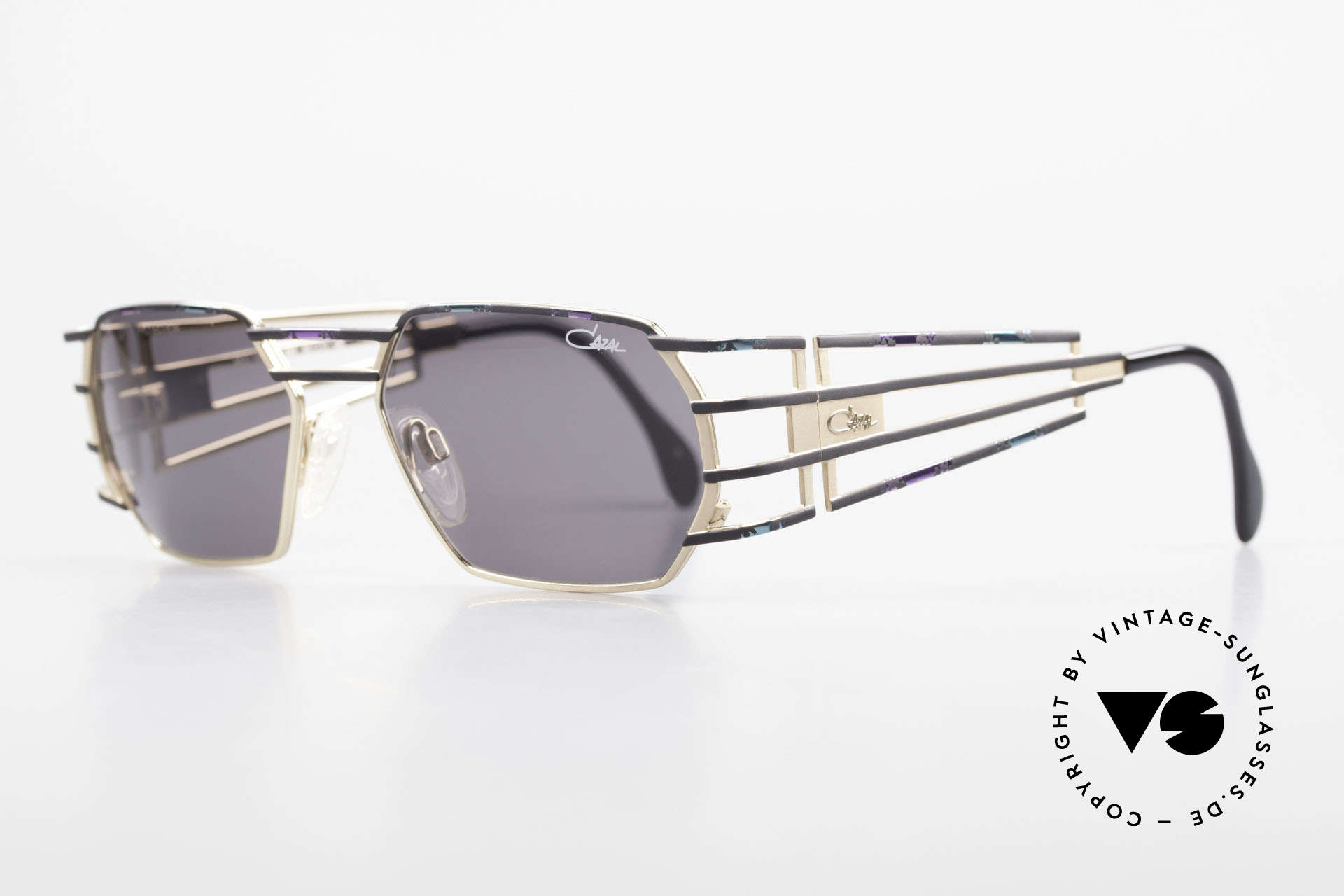 Cazal 980 90's Designer Sunglasses Unisex, exquisite 90's craftsmanship (made in Passau, Germany), Made for Men and Women