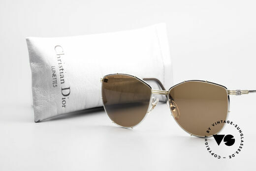 Christian Dior 2472 80's Vintage Designer Shades, the frame (size 56/16) is made for lenses of any kind, Made for Women
