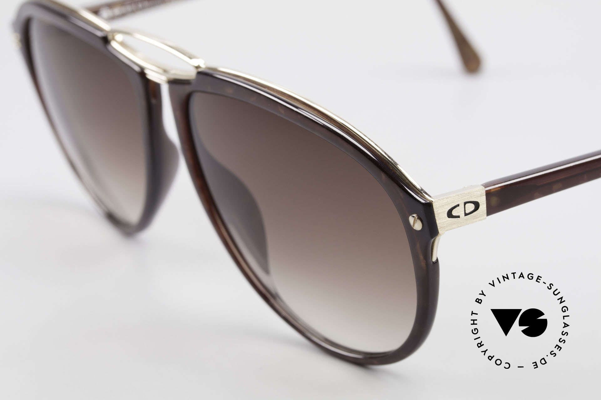 Christian Dior 2523 True 80's No Retro Sunglasses, premium craftsmanship (sun lenses with 100% UV), Made for Men