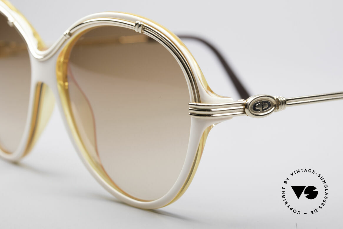 Christian Dior 2251 80's Ladies Shades, never worn (like all our famous Dior 80's shades), Made for Women