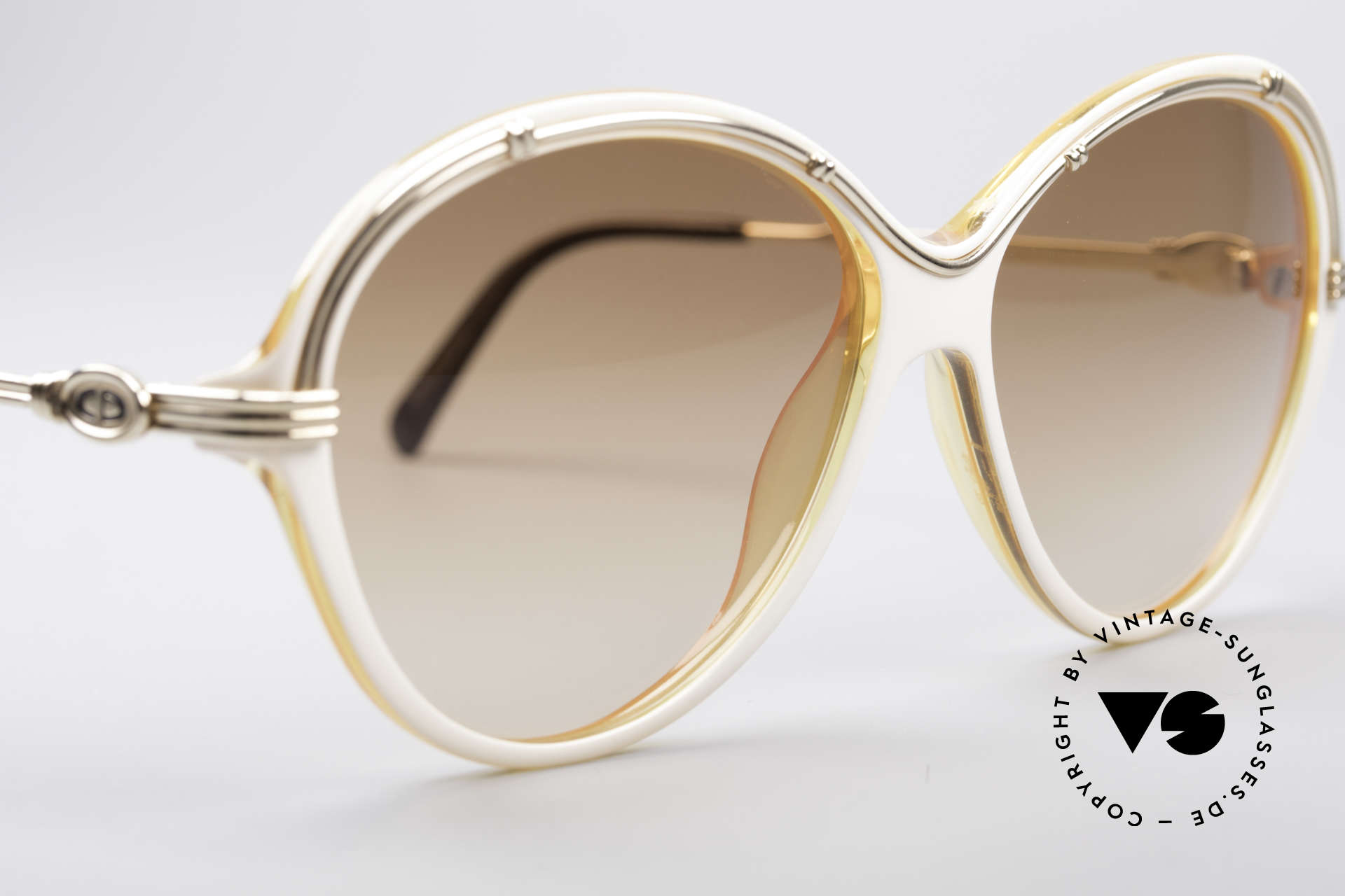 Christian Dior 2251 80's Ladies Shades, NO RETRO sunglasses, but a 30 years old rarity!, Made for Women
