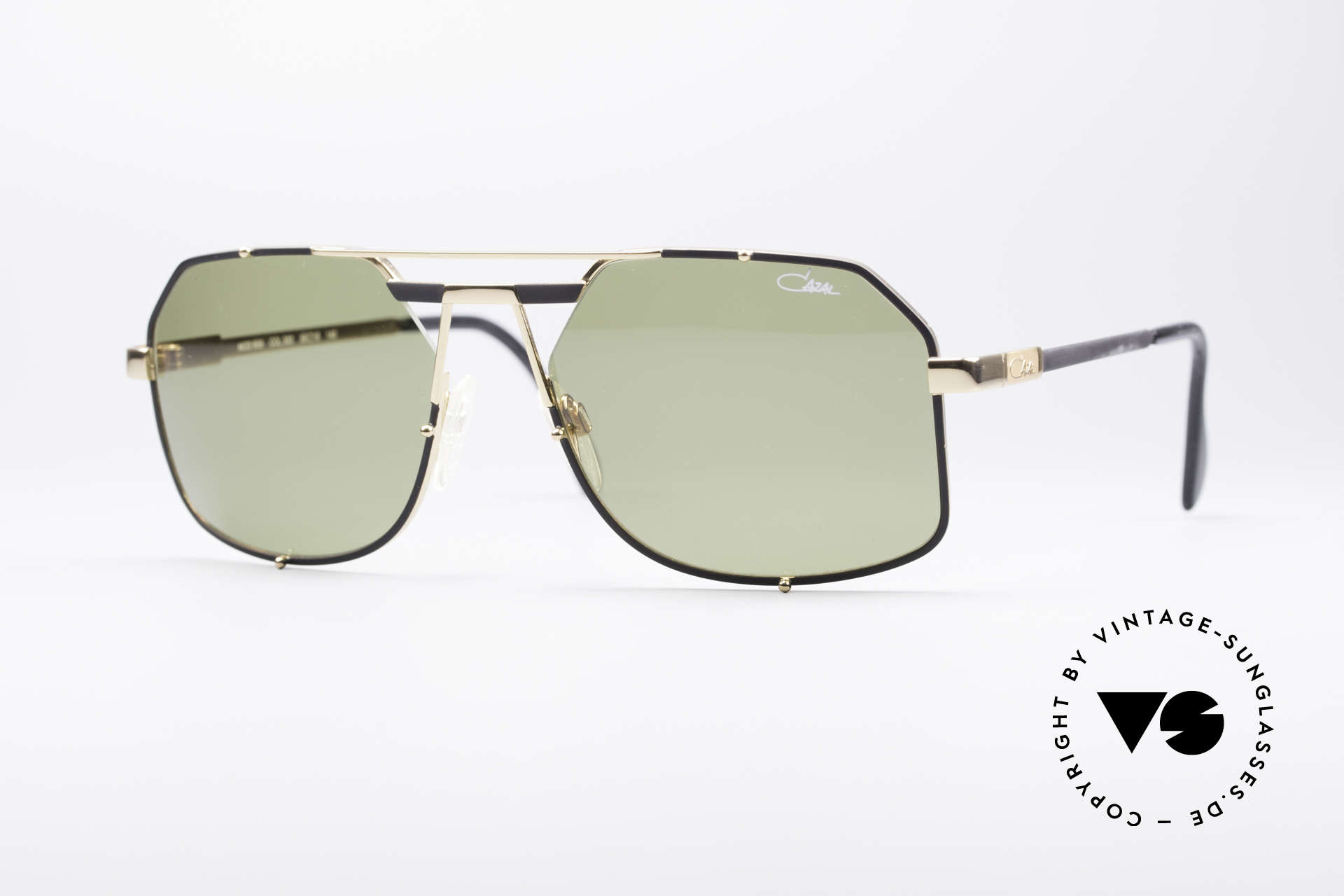Cazal 959 90's Gentlemen's Shades, very elegant Cazal designer sunglasses from 1993, Made for Men