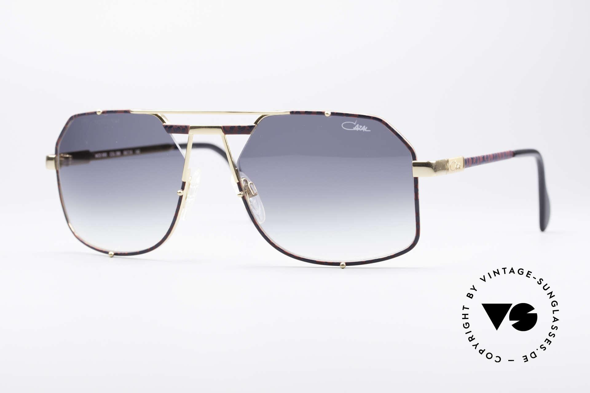 Cazal 959 90's Gentlemen's Shades, very elegant Cazal designer sunglasses from 1993, Made for Men