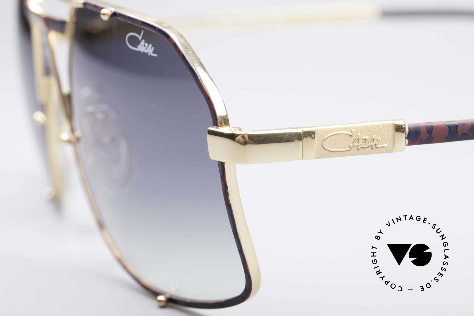 Cazal 959 90's Gentlemen's Shades, this is really something completely different !!!, Made for Men