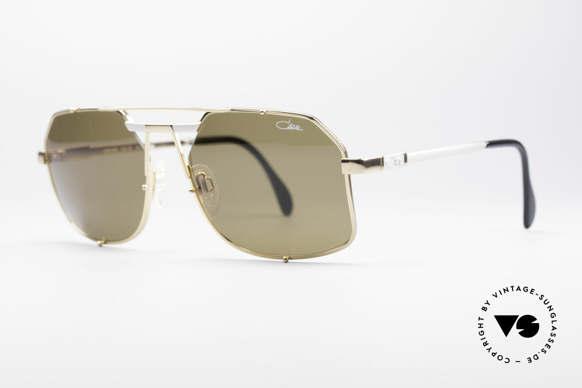 Cazal 959 90's Gentlemen's Shades, noble frame coloring & great design components, Made for Men