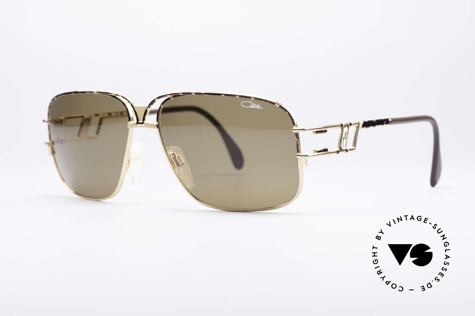 Cazal 971 Ultra Rare Designer Shades, very interesting frame design (something really different), Made for Men