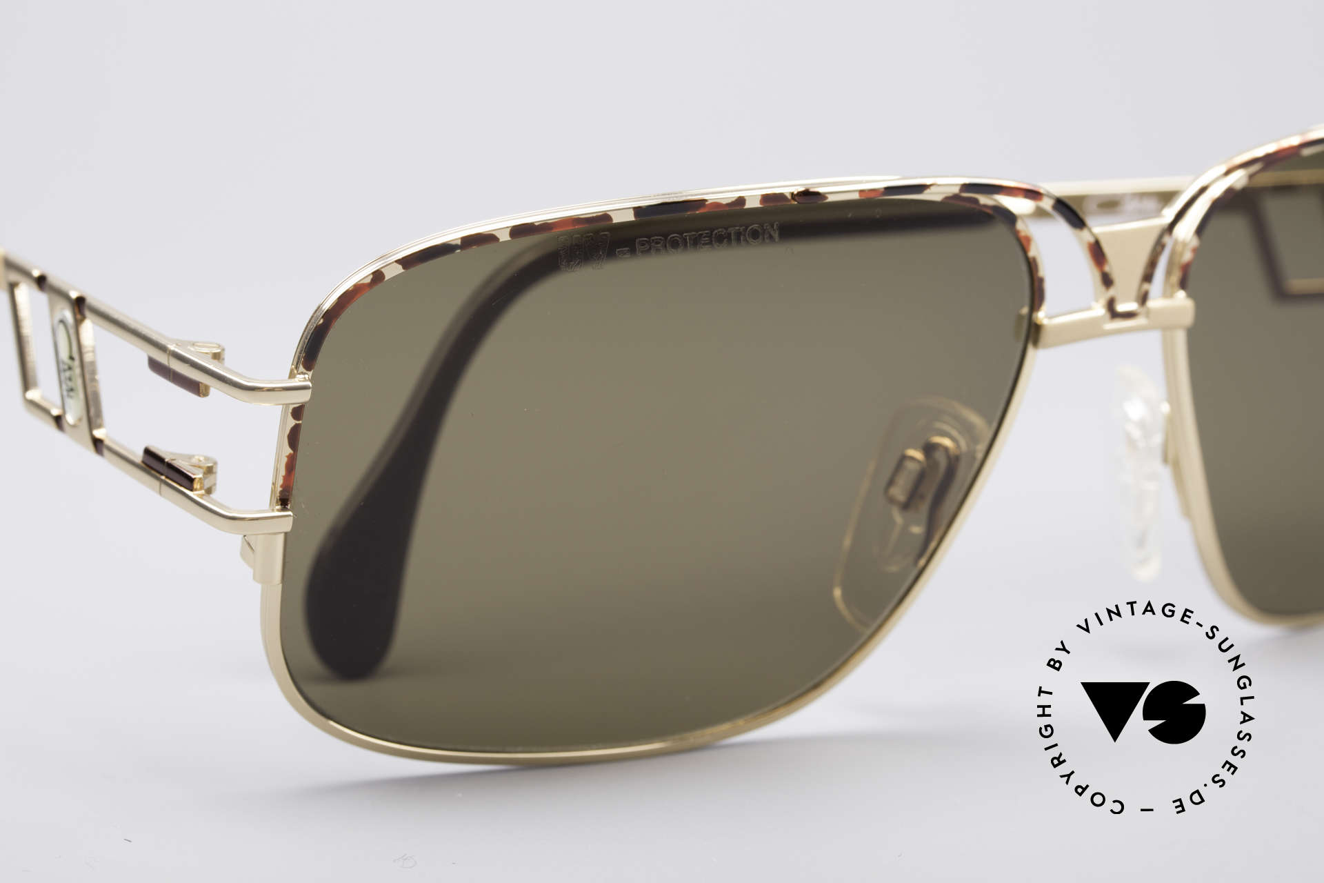 Cazal 971 Ultra Rare Designer Shades, NO RETRO SHADES, but a 20 years old original; XL size, Made for Men