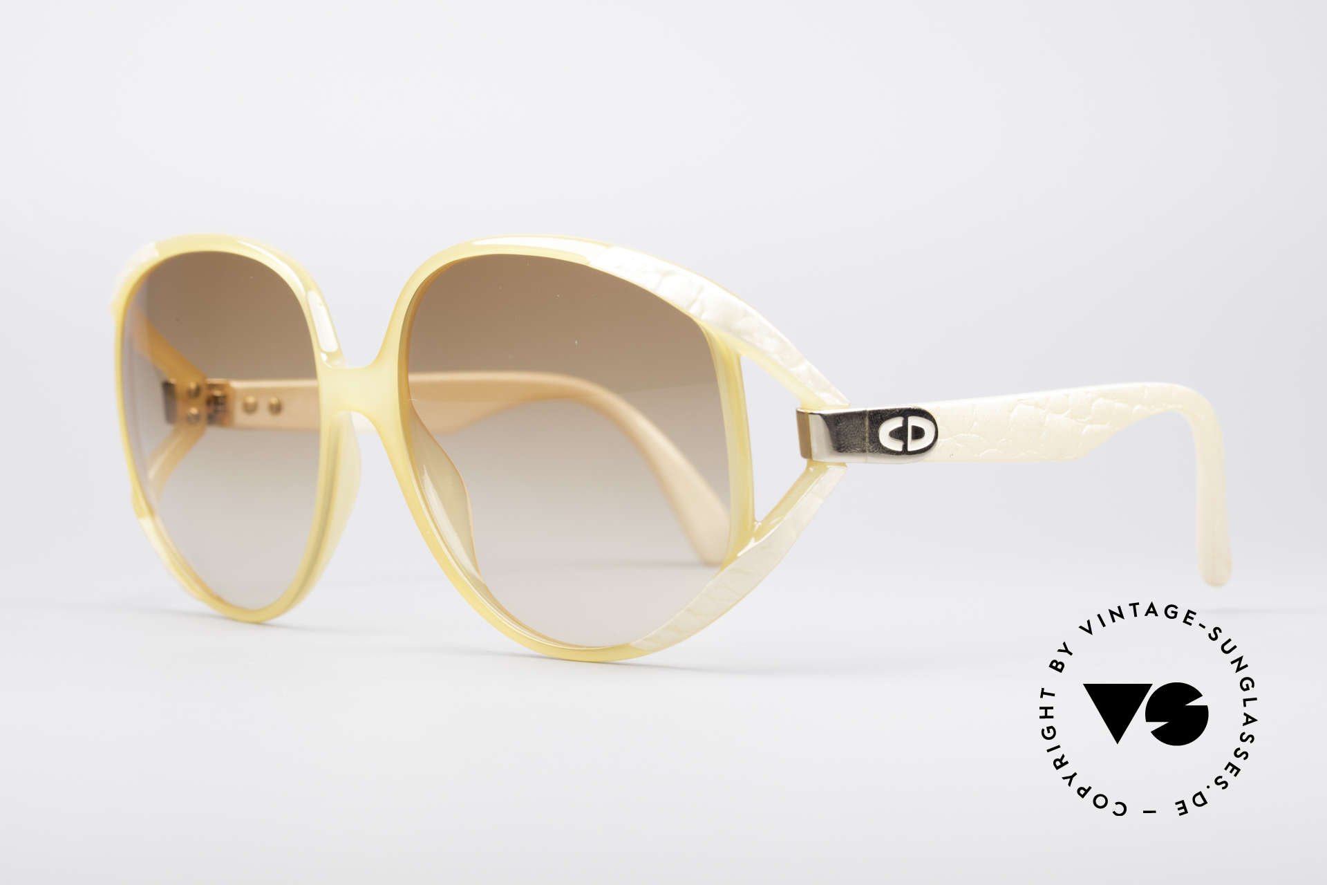 Christian Dior 2320 80's XL Sunglasses, still lightweight; thanks to brilliant Optyl material, Made for Women