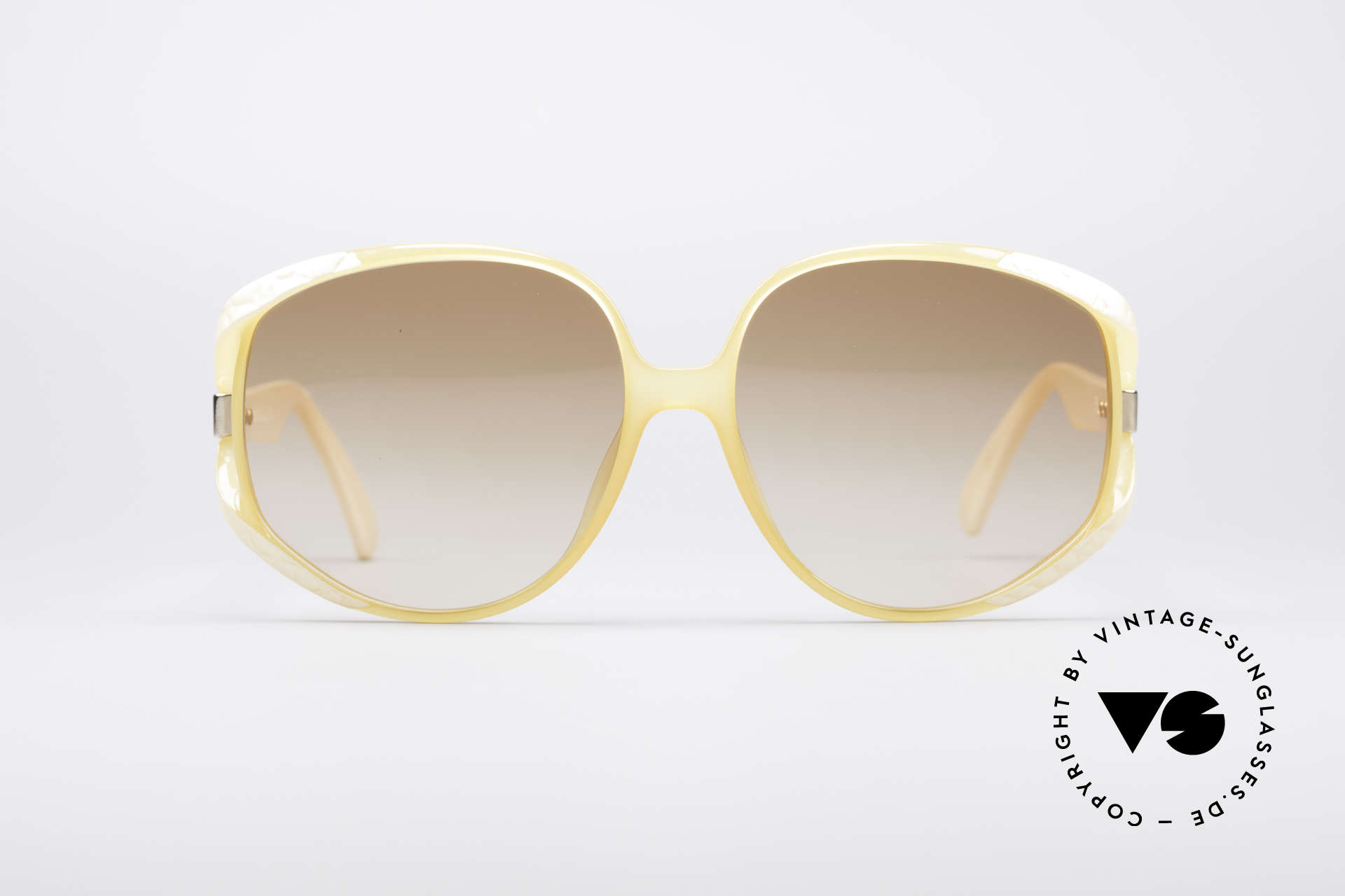 Christian Dior 2320 Rare 80's Ladies XL Sunglasses, flashy oversized frame with huge gradient lenses, Made for Women