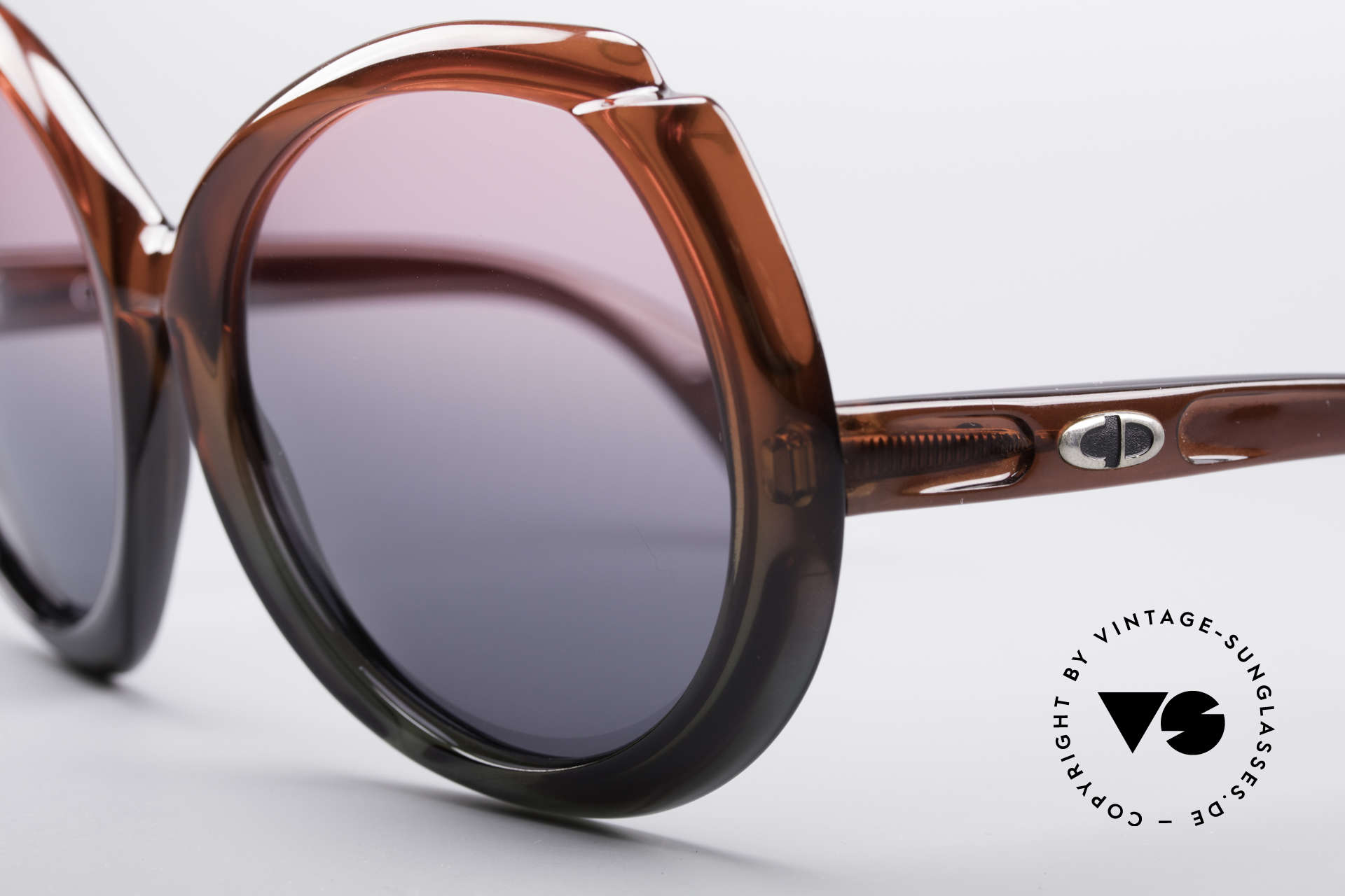 """Christian Dior D11 Huge 70's Shades, unbelievable OPTYL-material with """"EFFET MYSTIQUE"""", Made for Women"""