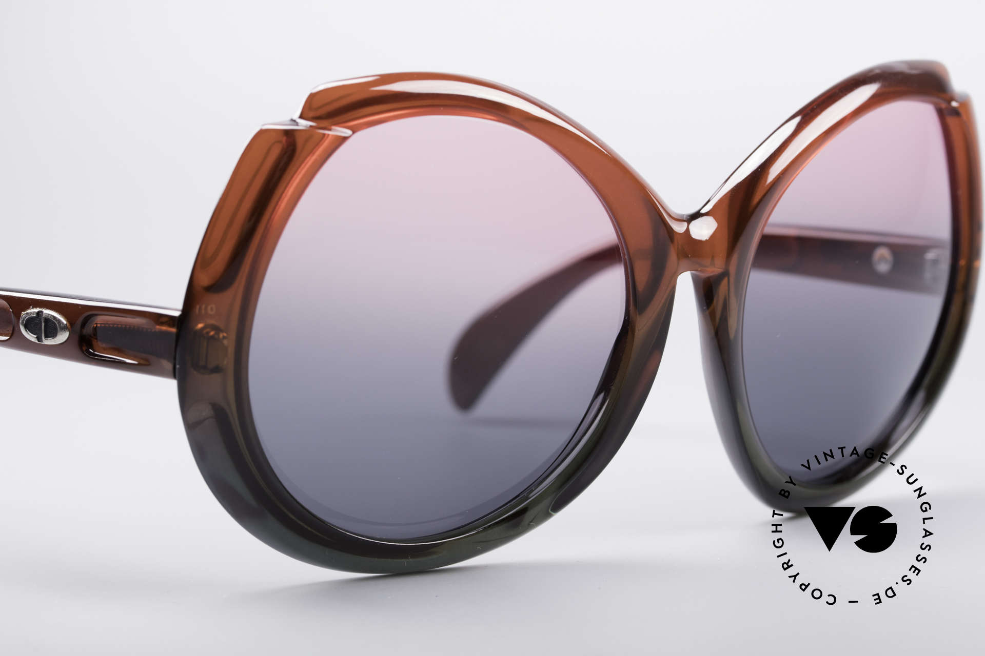 """Christian Dior D11 Huge 70's Shades, material has a """"shape memory"""" & does not seem to age, Made for Women"""