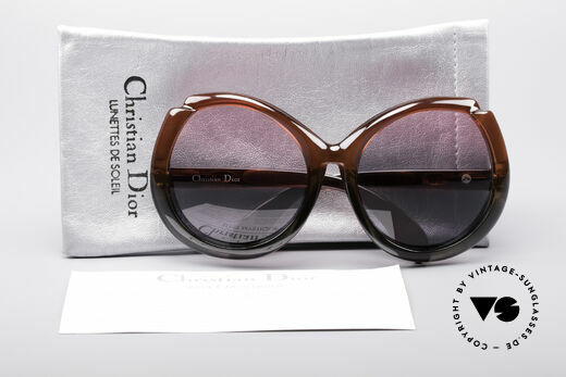 Christian Dior D11 Huge 70's Shades, terrific colouring (gradient from Ruby-Colored to Gray), Made for Women