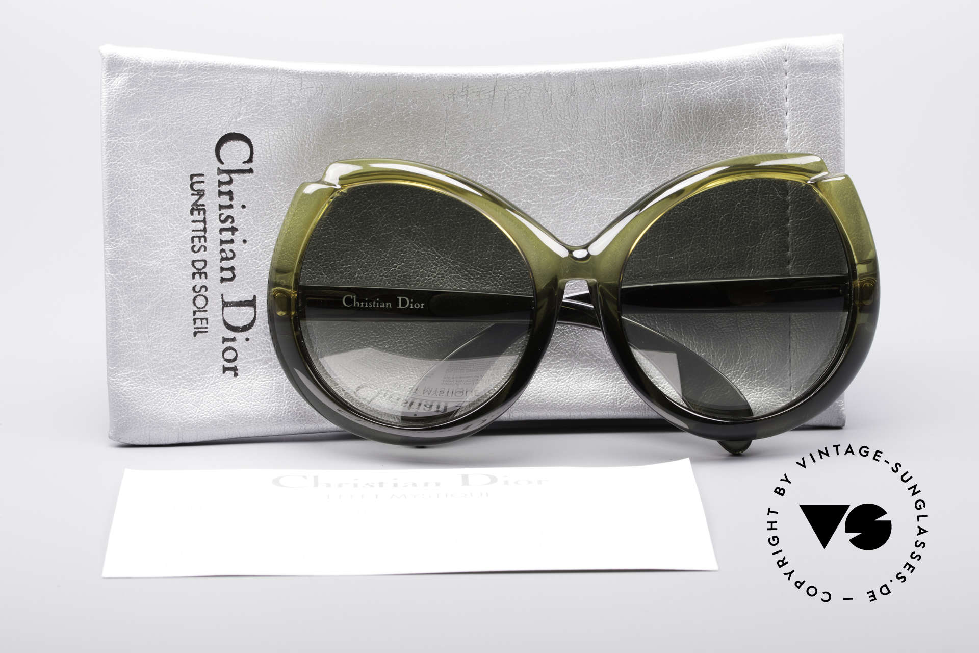 Christian Dior D11 Huge 70's Shades, terrific colouring (gradient from yellowish to greenish), Made for Women