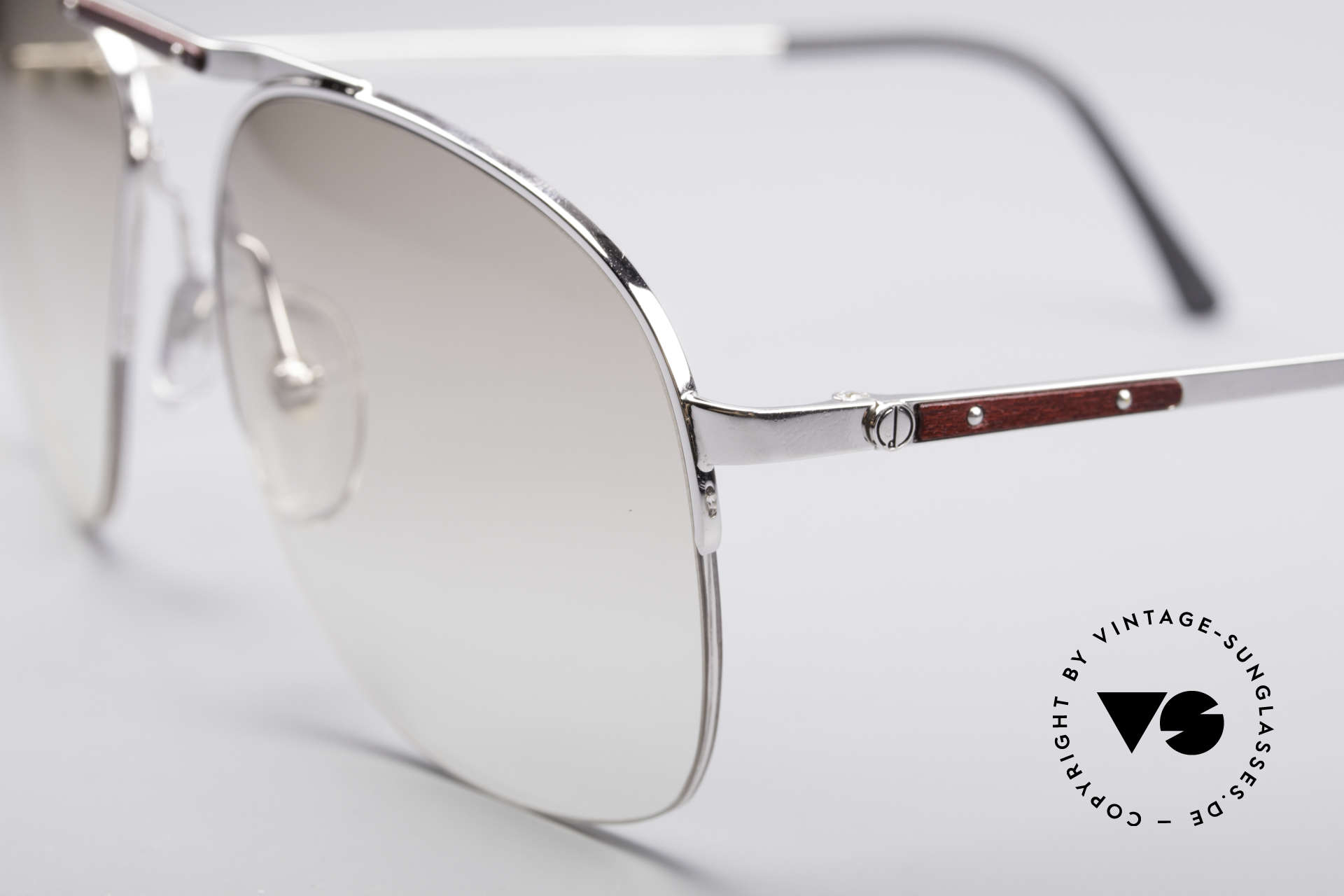 Dunhill 6022 80's Gentlemen's Frame, semi rimless (lightweight and very pleasant to wear), Made for Men