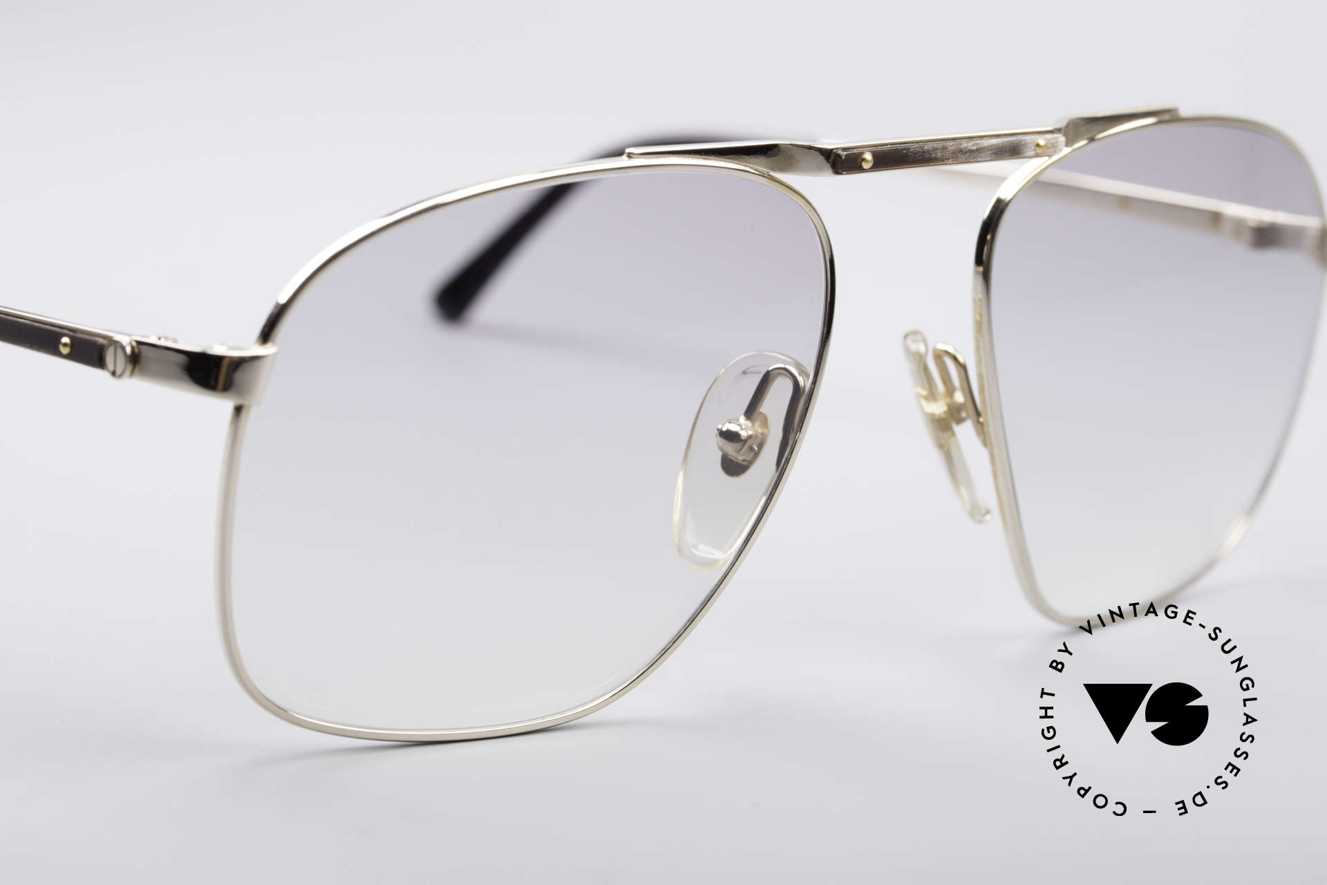 Dunhill 6046 80's Frame With Horn Appliqué, classic status = a prerequisite for all Dunhill designs, Made for Men