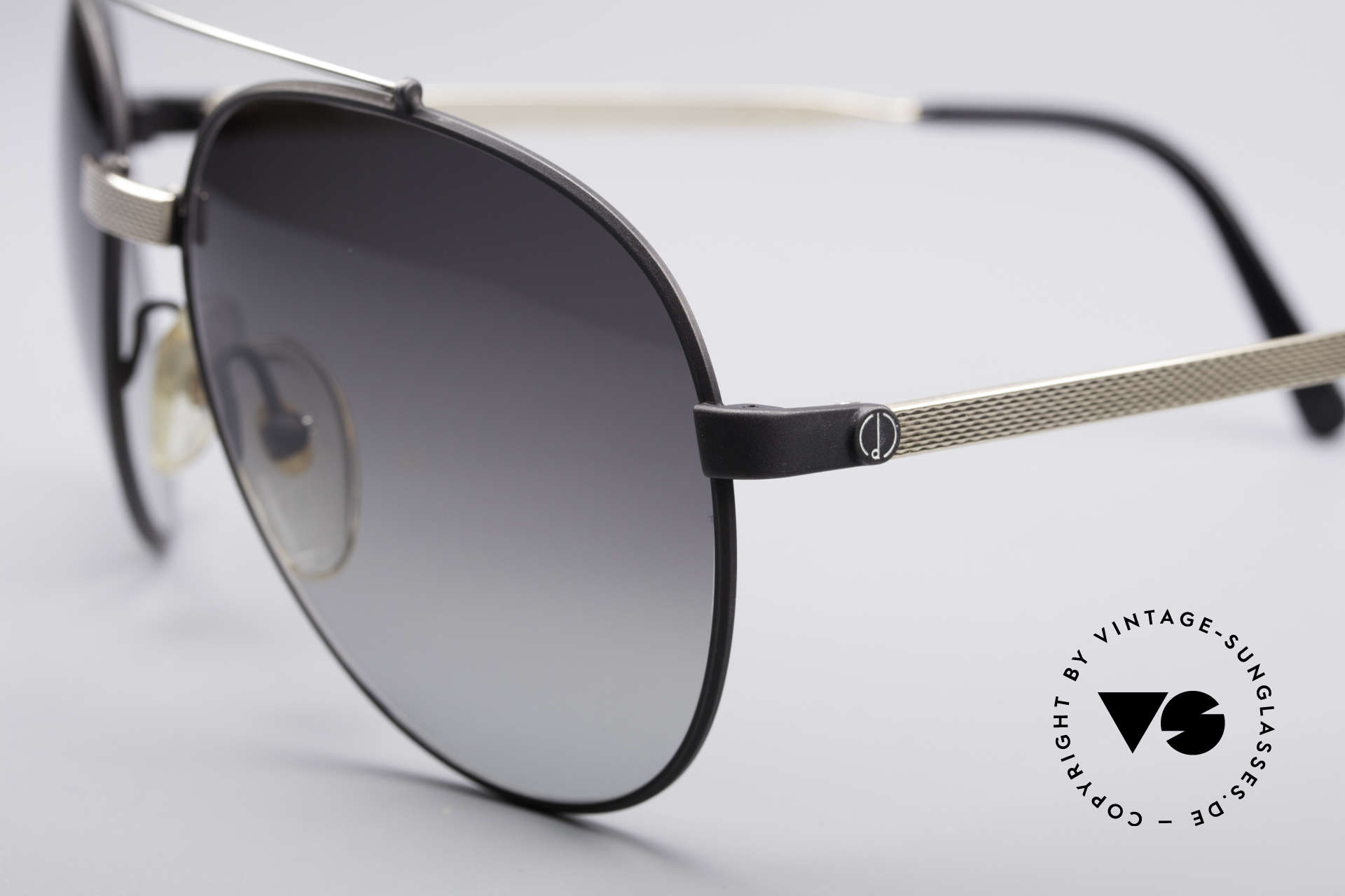 Dunhill 6023 80's Luxury Sunglasses Aviator, simply, a high-class and elegant vintage classic, Made for Men
