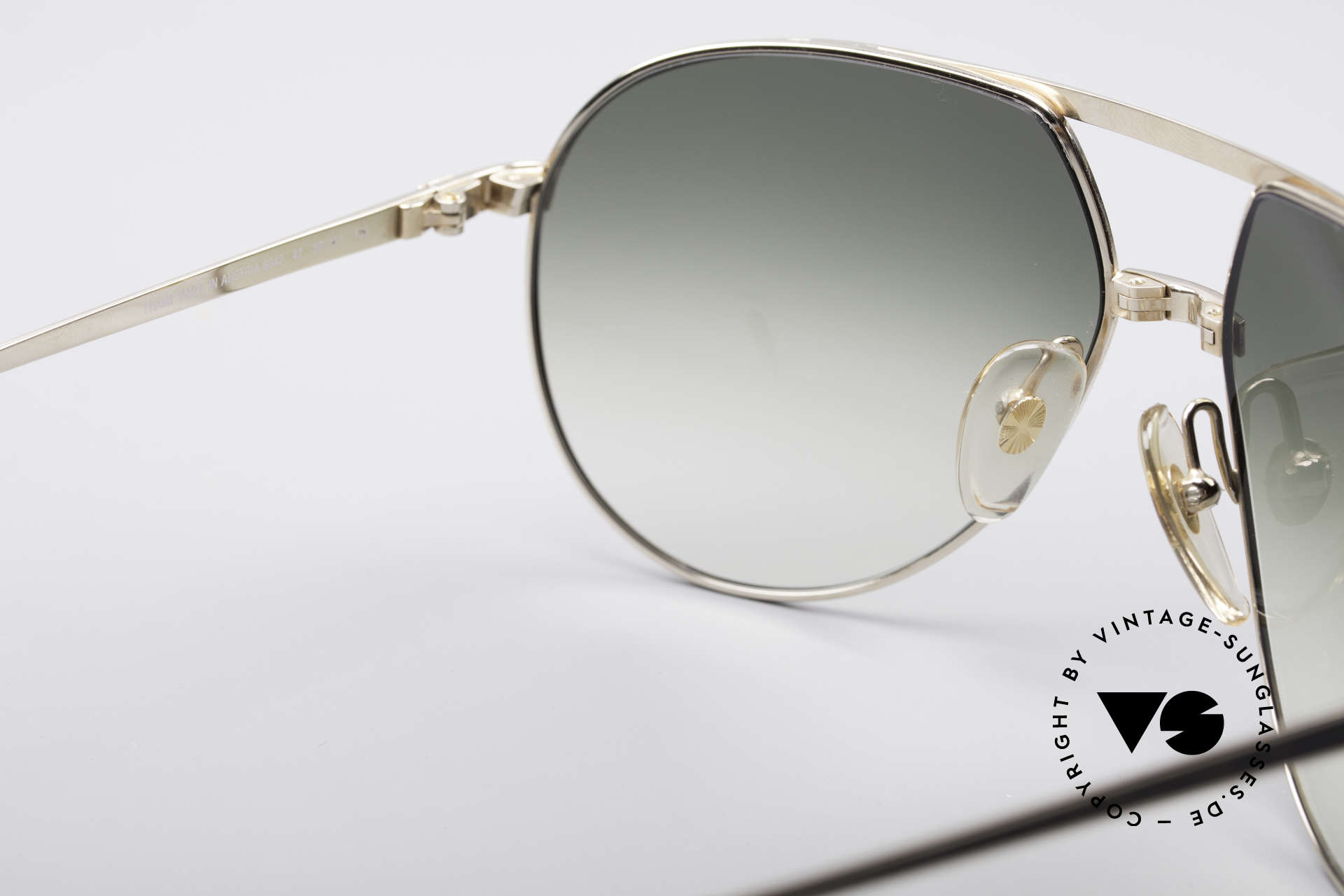 Dunhill 6042 80's Luxury Aviator Frame, never worn (like all our vintage Dunhill shades), Made for Men