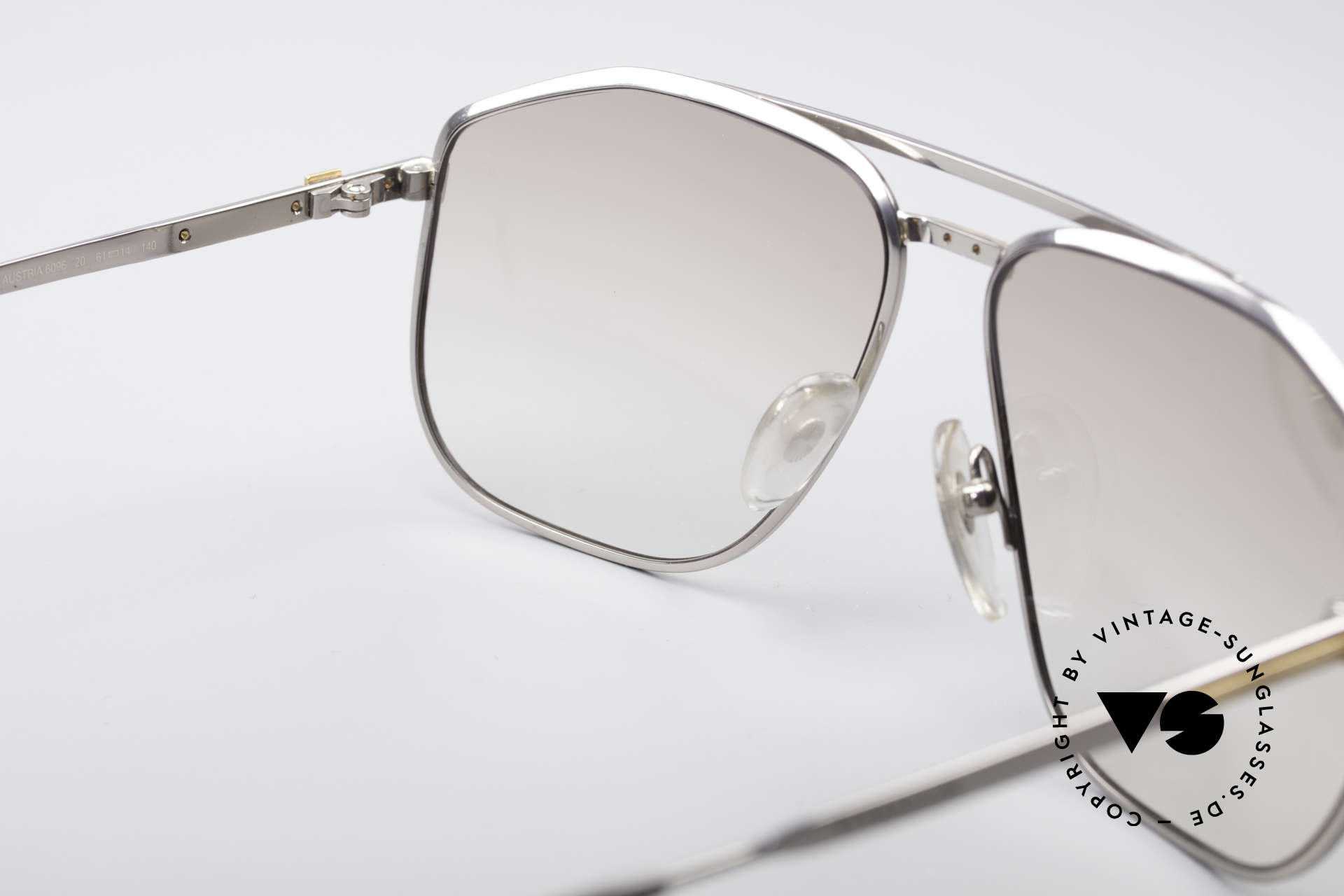 Dunhill 6096 Titanium Frame 18ct Solid Gold, unworn rarity (like all our A. Dunhill vintage sunglasses), Made for Men