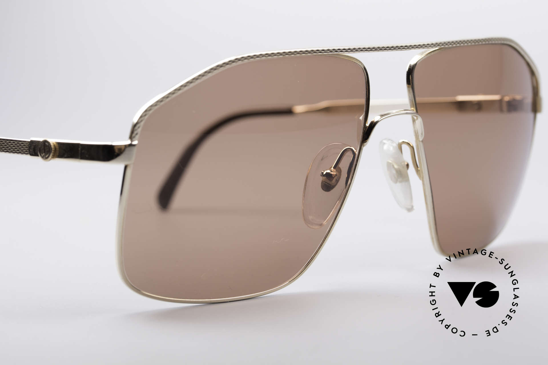 Dunhill 6104 Gold Plated Shades 90's Men, never worn (like all our gold-plated 90s shades), Made for Men