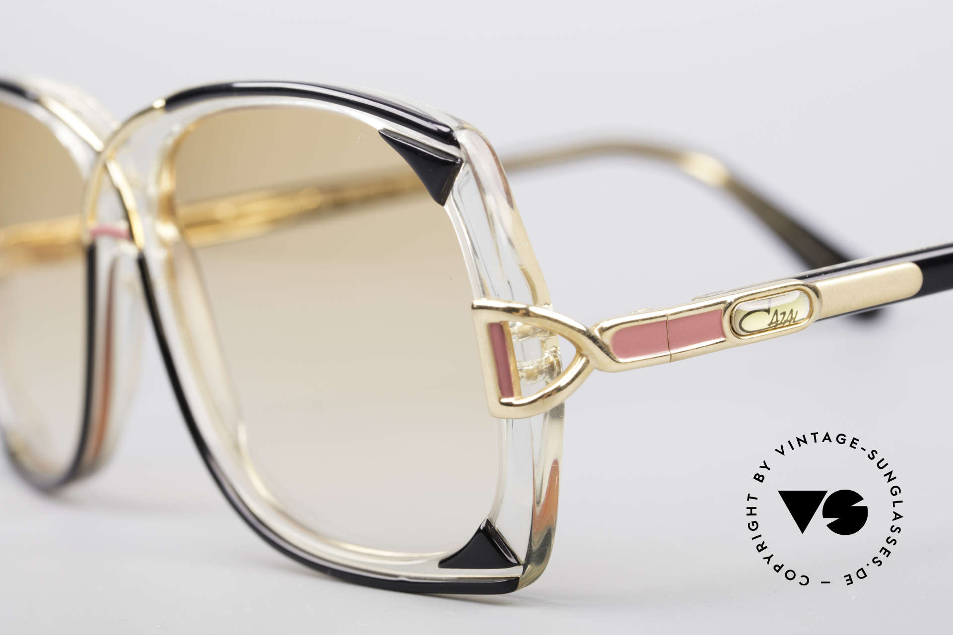Cazal 193 Original 80's Shades, true fashion accessory, also wearable at dawn, Made for Women