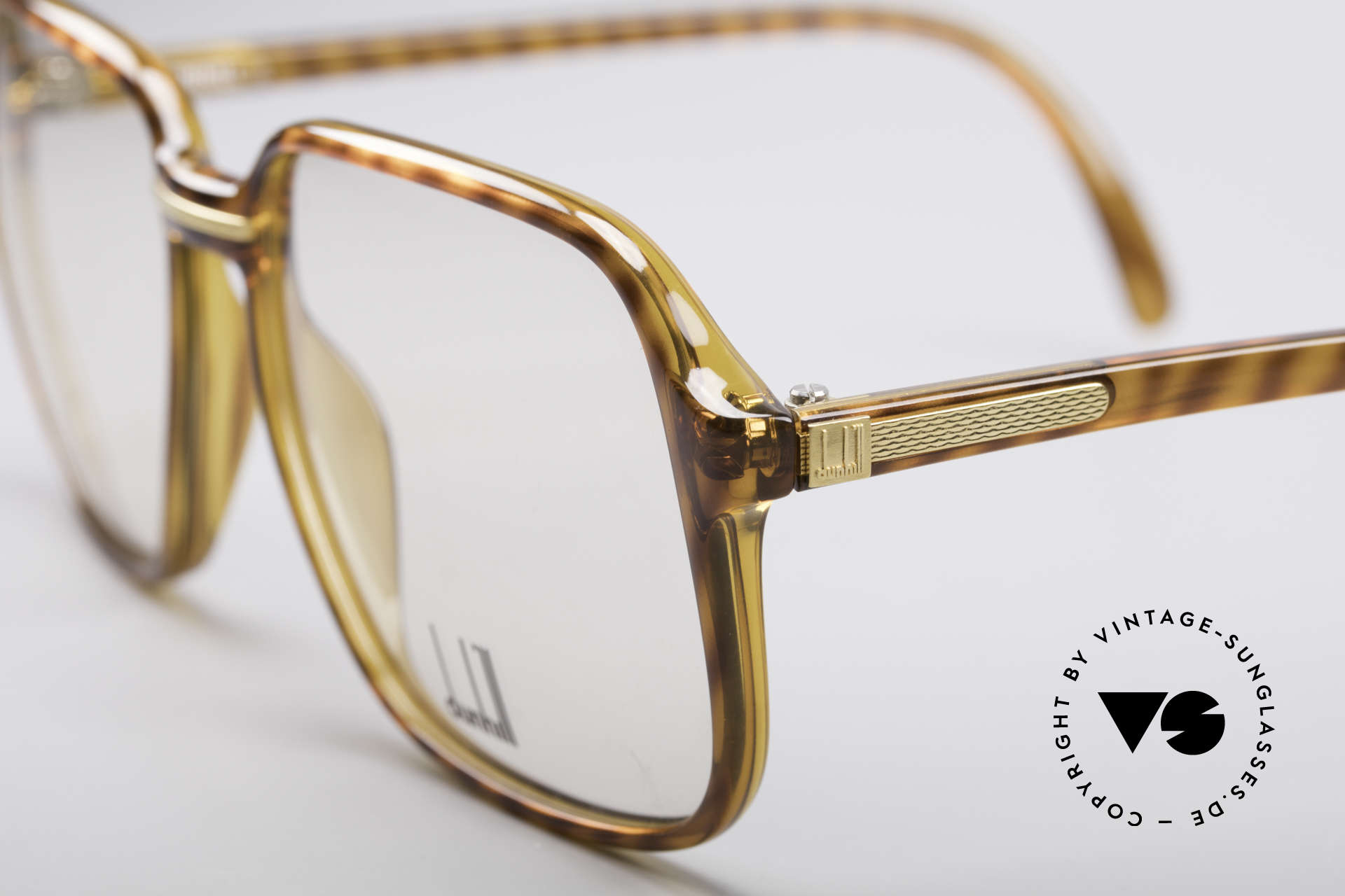 Dunhill 6060 Classic 80's Eyeglasses, 'old school' HipHop glasses or 'nerd style'; these days, Made for Men