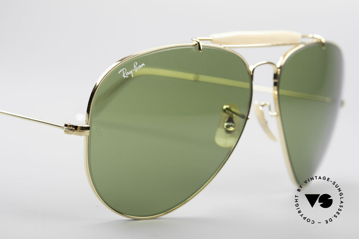 Ray Ban Outdoorsman II B&L USA Shades 80's Vintage, gold frame with B&L mineral lenses in RB-3 green, Made for Men
