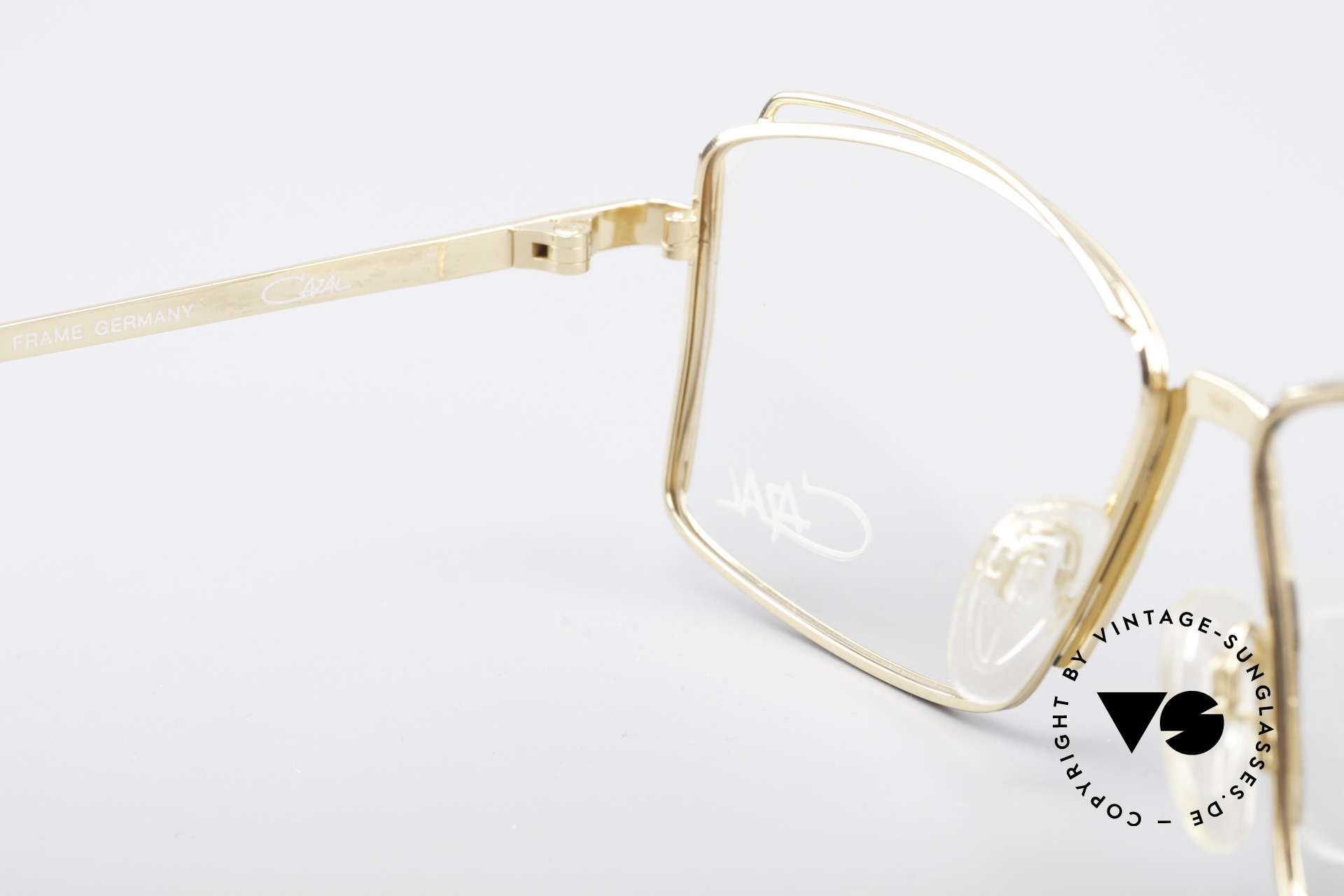 Cazal 264 No Retro True Vintage Frame, orig. demo lenses can be replaced with optical lenses, Made for Women