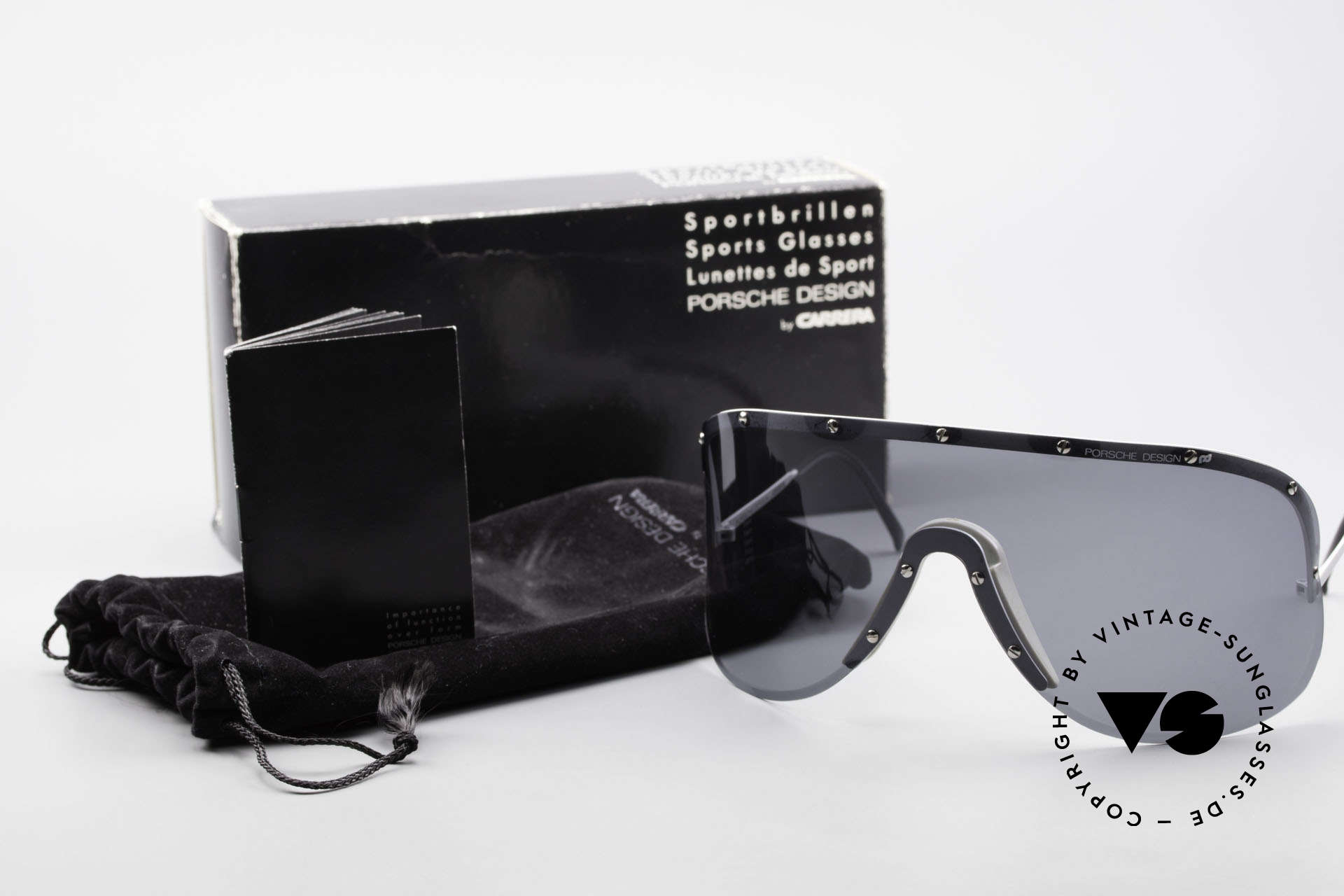 Porsche 5620 Old Yoko Ono Shades Silver, meanwhile, worn by many celebs (Madonna, Will.i.am ...), Made for Men and Women