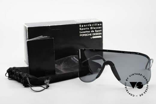 Porsche 5620 80's Yoko Ono Shades Black, meanwhile, worn by many celebs (Madonna, Will.i.am ...), Made for Men and Women