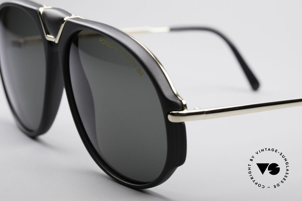 Porsche 5659 Interchangeable Shades S, thus, 2 sunglasses in 1 (simply ingenious), S size, Made for Men and Women
