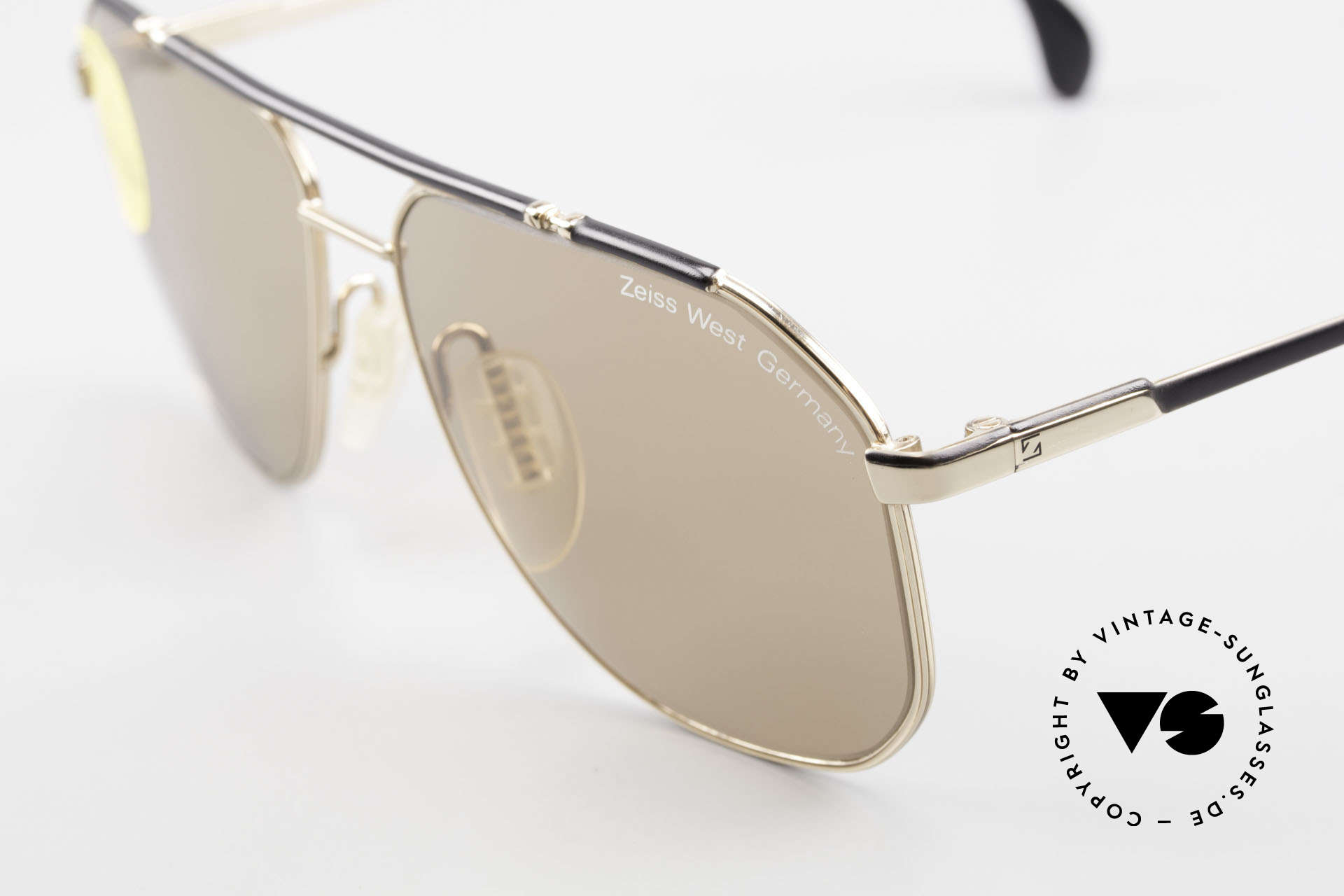 Zeiss 9288 80's Umbral Quality Sun Lenses, these lenses are at the top of the eyewear sector!, Made for Men