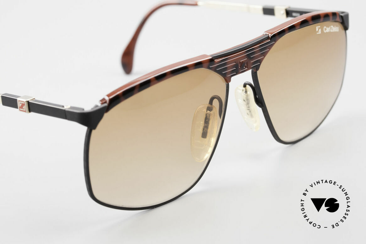 Zeiss 9926 Interchangeable Temples 80's, never worn (like all our rare vintage Zeiss sunglasses), Made for Men
