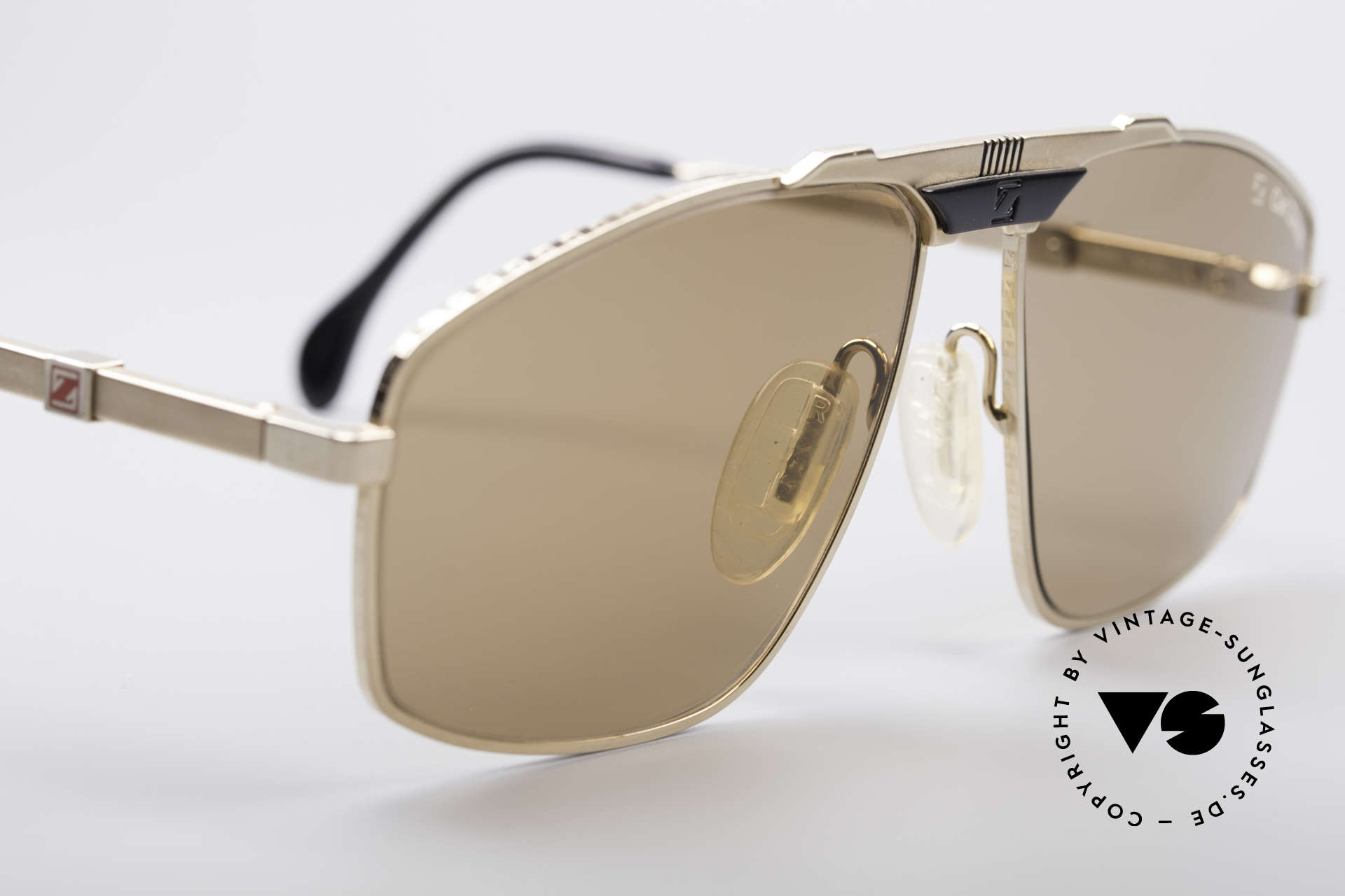 Zeiss 9925 True Gentlemen's 80's Shades, never worn (like all our vintage Zeiss 1980's eyewear), Made for Men