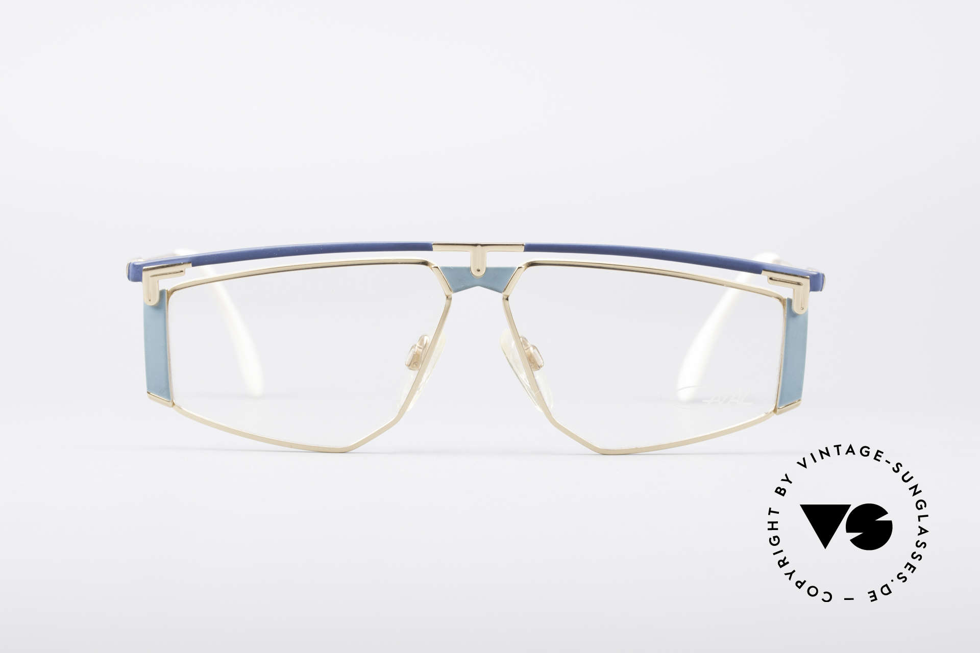 Cazal 235 Titanium Vintage 80's Cazal, 1. class wearing comfort thanks to lightweight material, Made for Men and Women