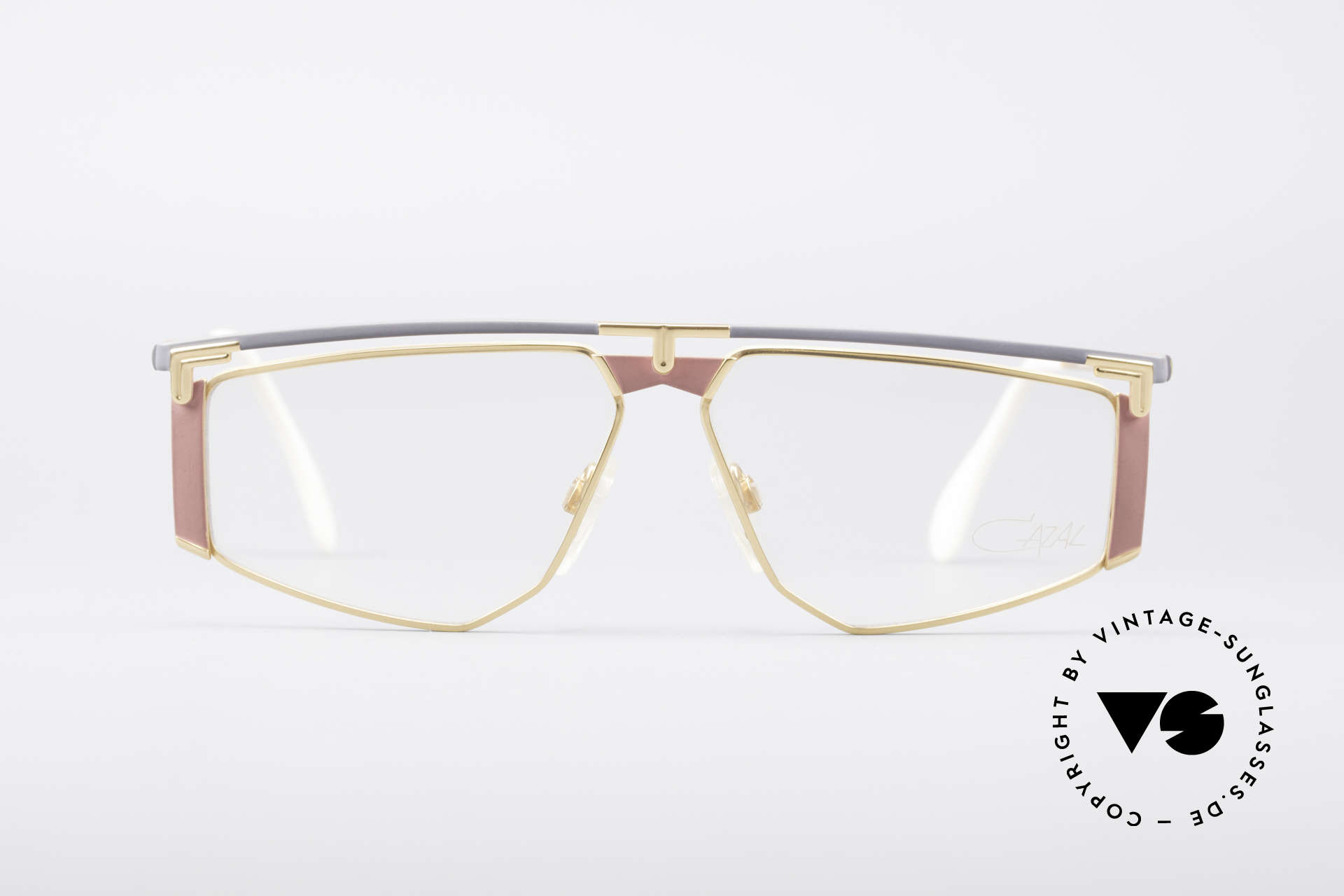 Cazal 235 Rare Titanium Vintage Frame, 1. class wearing comfort thanks to lightweight material, Made for Men and Women