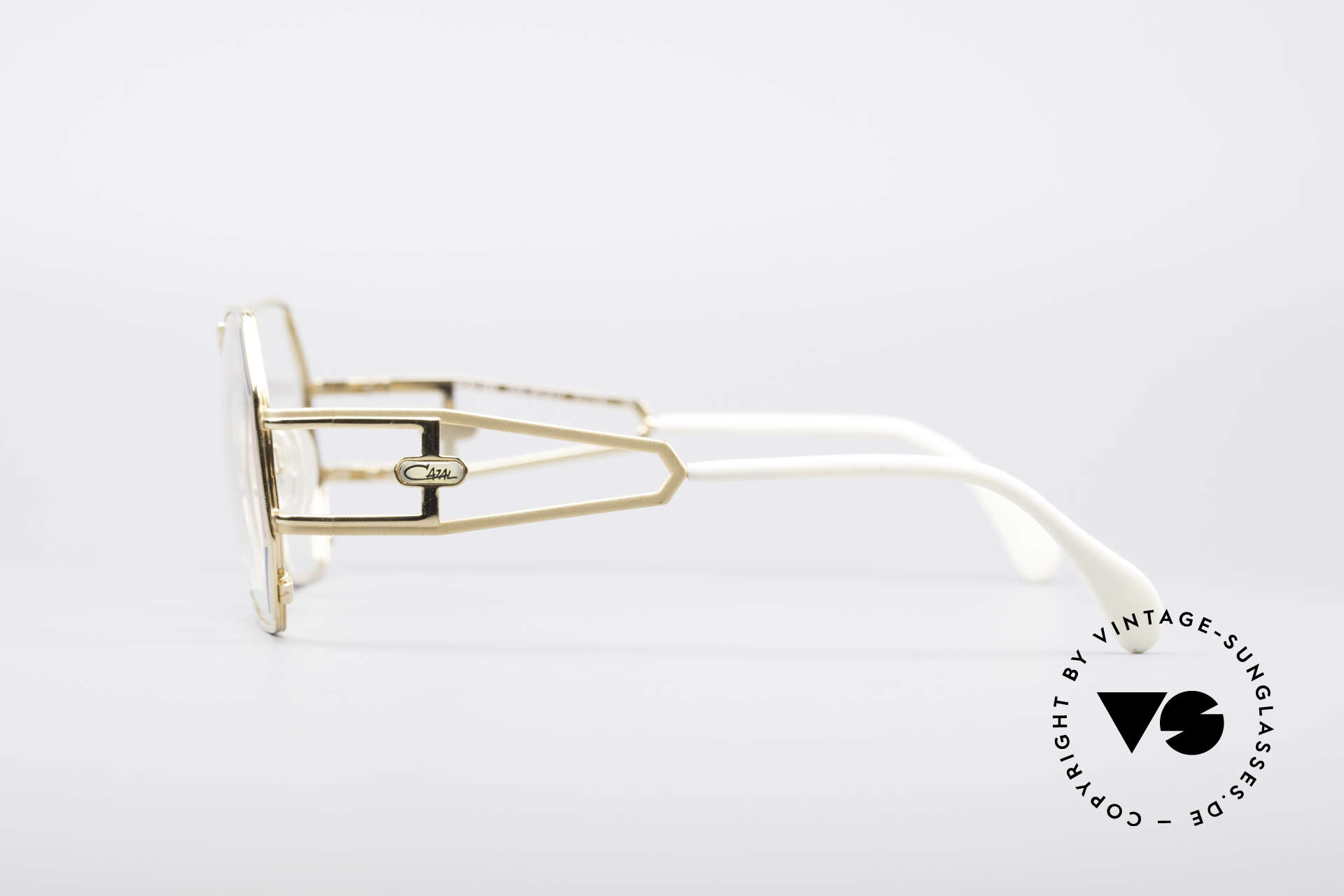 Cazal 225 80's Old School HipHop Frame, lovely eye-catcher in unworn condition; truly vintage, Made for Women