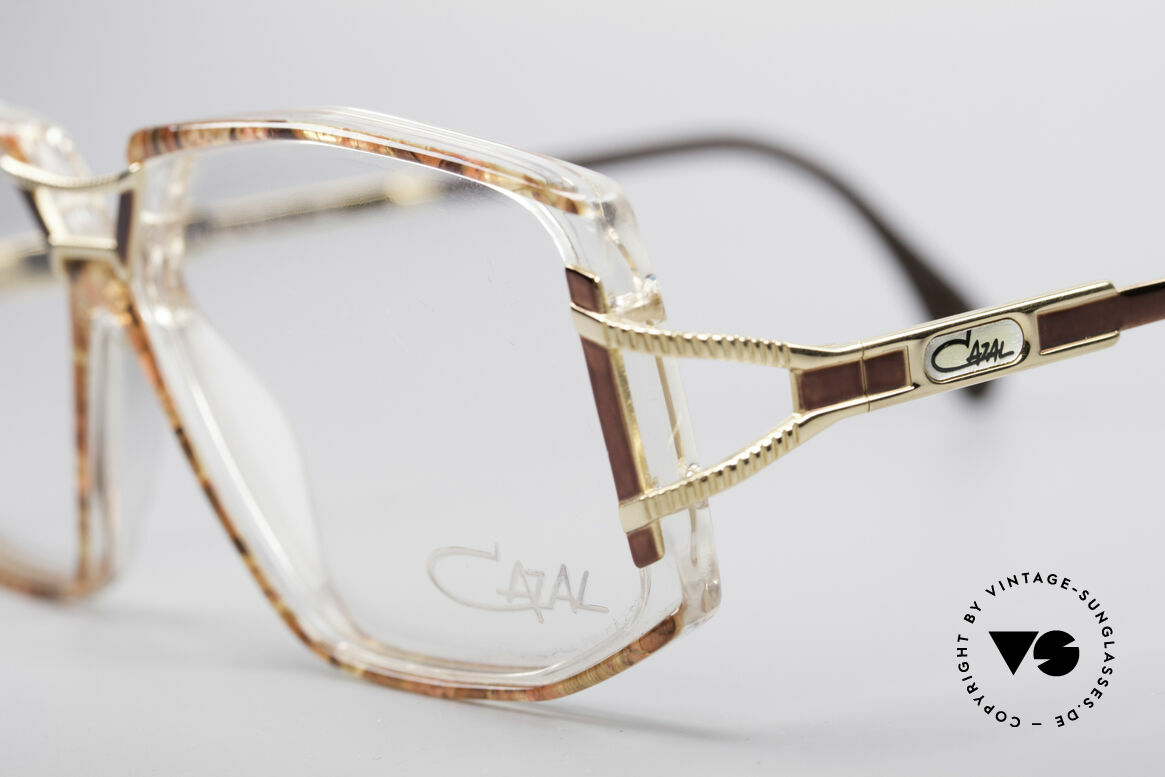 Cazal 362 No Retro 90's Vintage Frame, never worn (like all our rare VINTAGE CAZAL eyewear), Made for Women