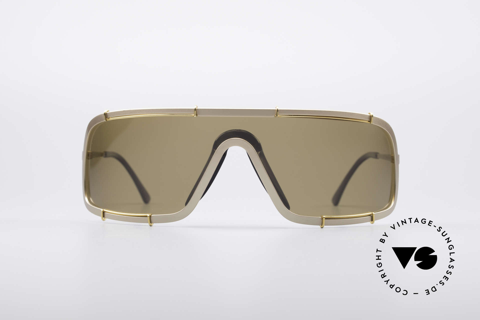 """Boeing 5708 80's Luxury Pilots Shades, 'panorama view"""" design with a polarized lens, 100% UV, Made for Men"""
