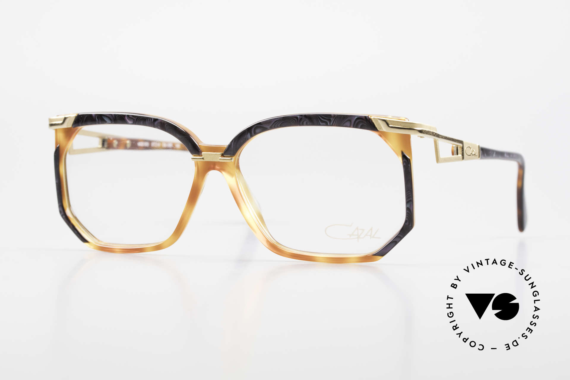 Cazal 333 True Vintage HipHop Frame 90s, extraordinary Cazal designer frame of the early 90's, Made for Men and Women